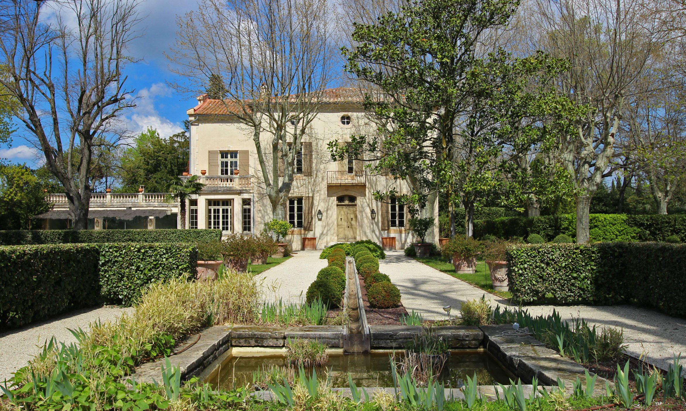 """sales property at Large typical provencal """"Bastide"""" in Provence"""
