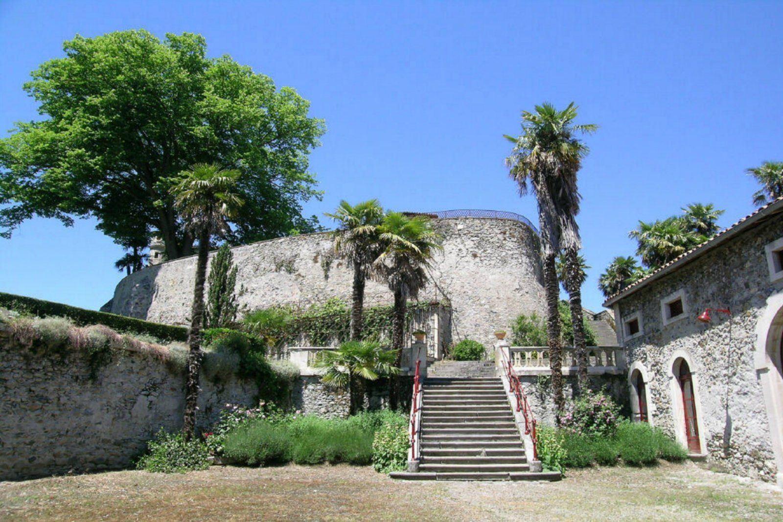 Maison unifamiliale pour l à vendre à Chateau fort, 50 MN TOULOUSE Toulouse, Midi Pyrenees, 31000 France
