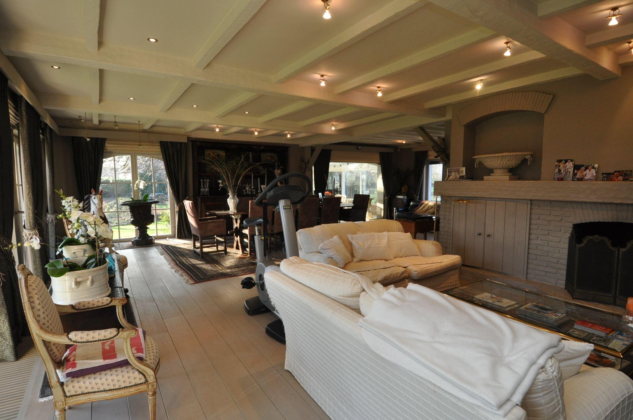 sales property at MENIN (B), 239sqm luxurious villa on a 2ha. plot