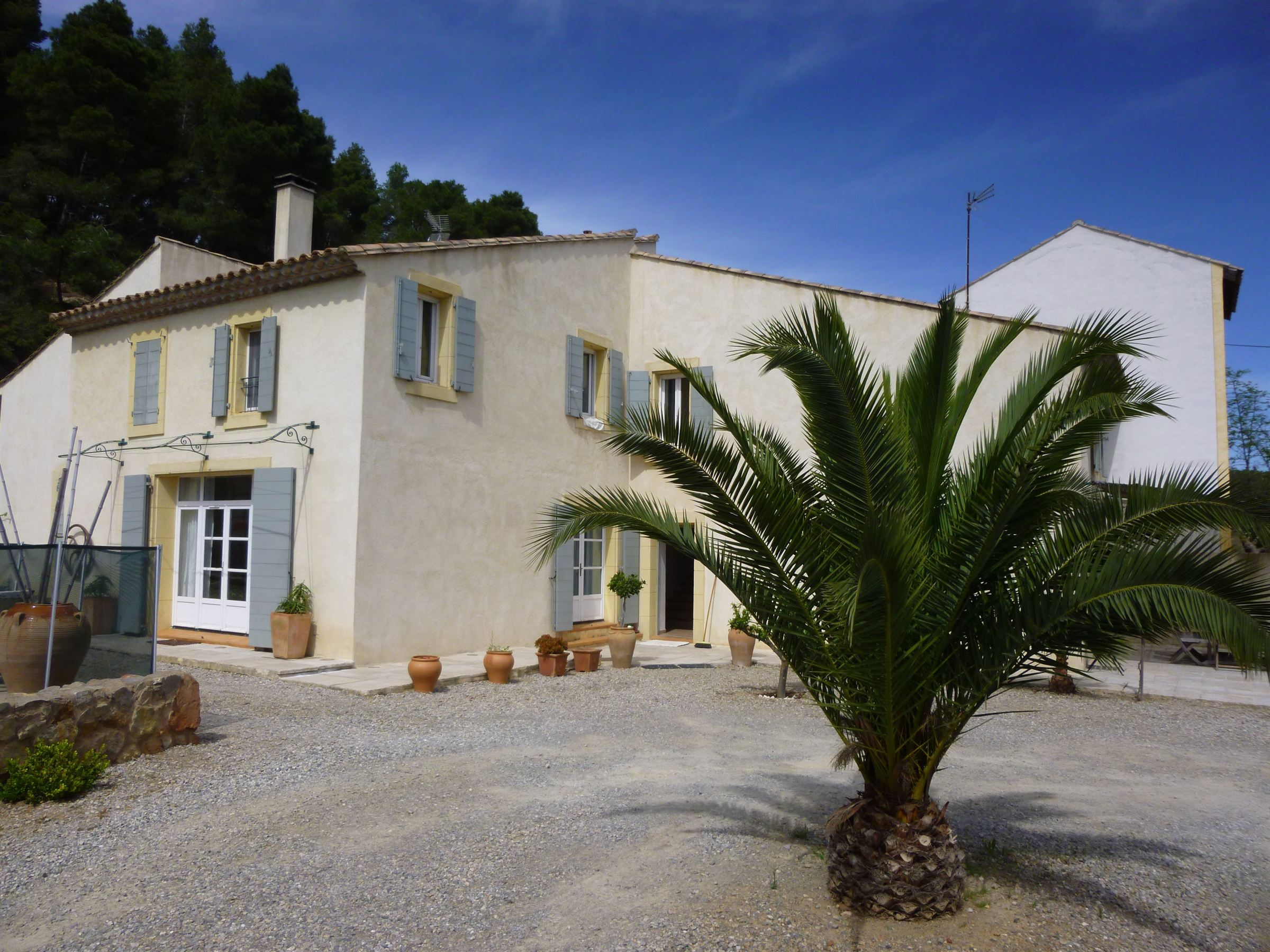 Single Family Home for Sale at authentic sheepfold Narbonne, Languedoc-Roussillon, 11100 France