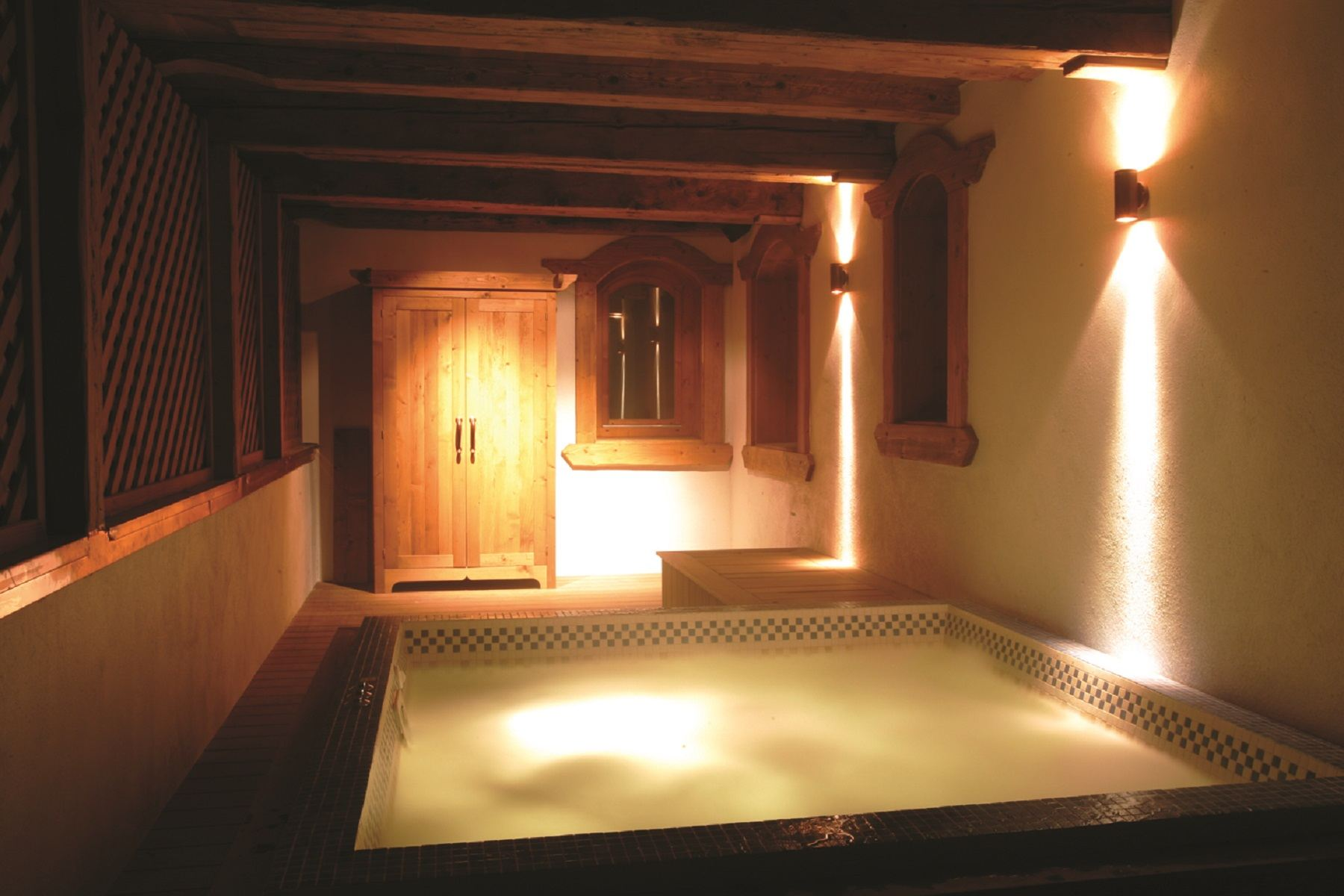 Property Of For rent in Courchevel Chalet Rosa