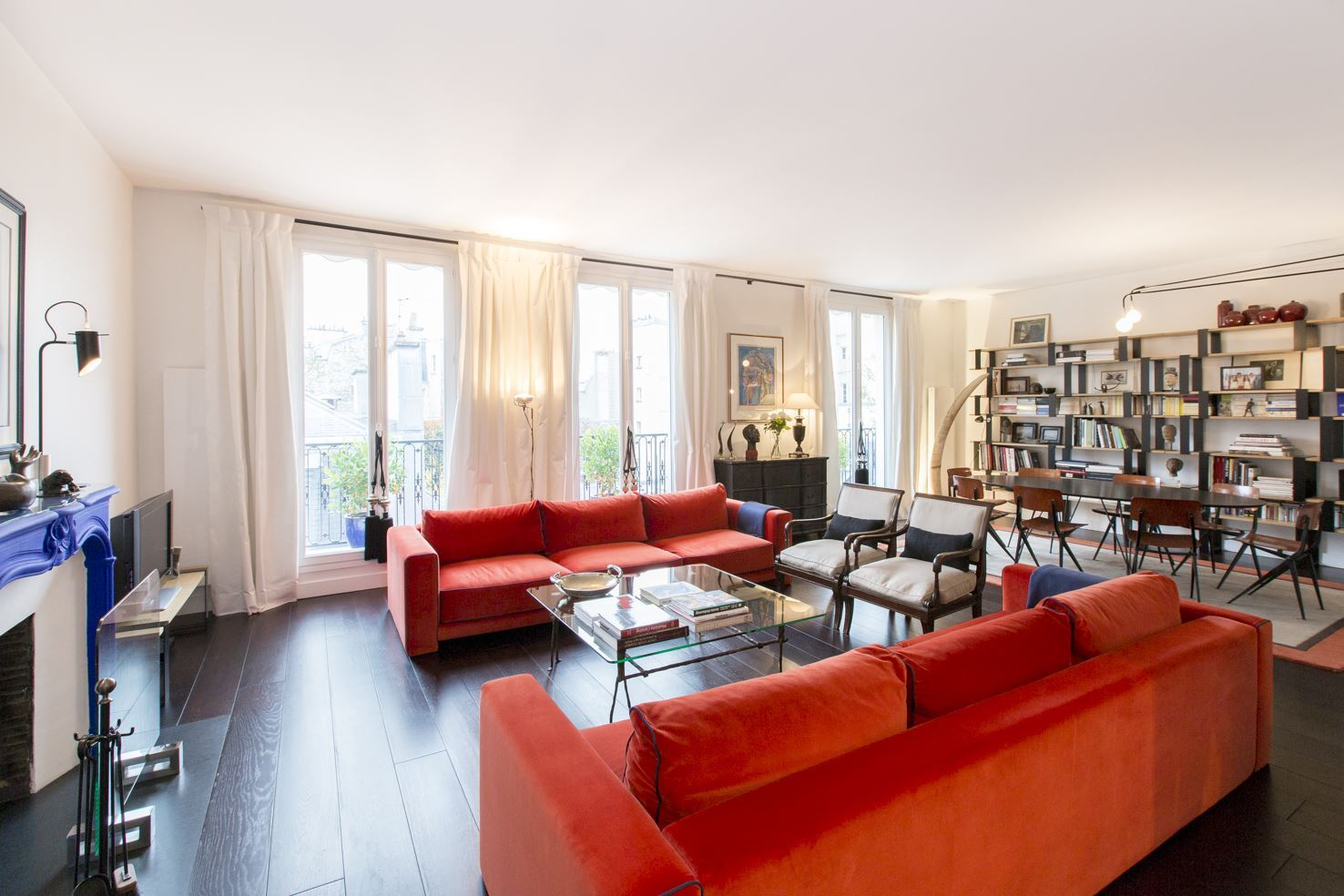 Property For Sale at 75007 - Elegant apartment rue de Varenne