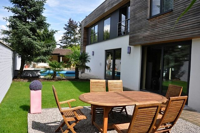 Property For Sale at Tournai 2 kms, Architect villa with pool 250 m2 hab.
