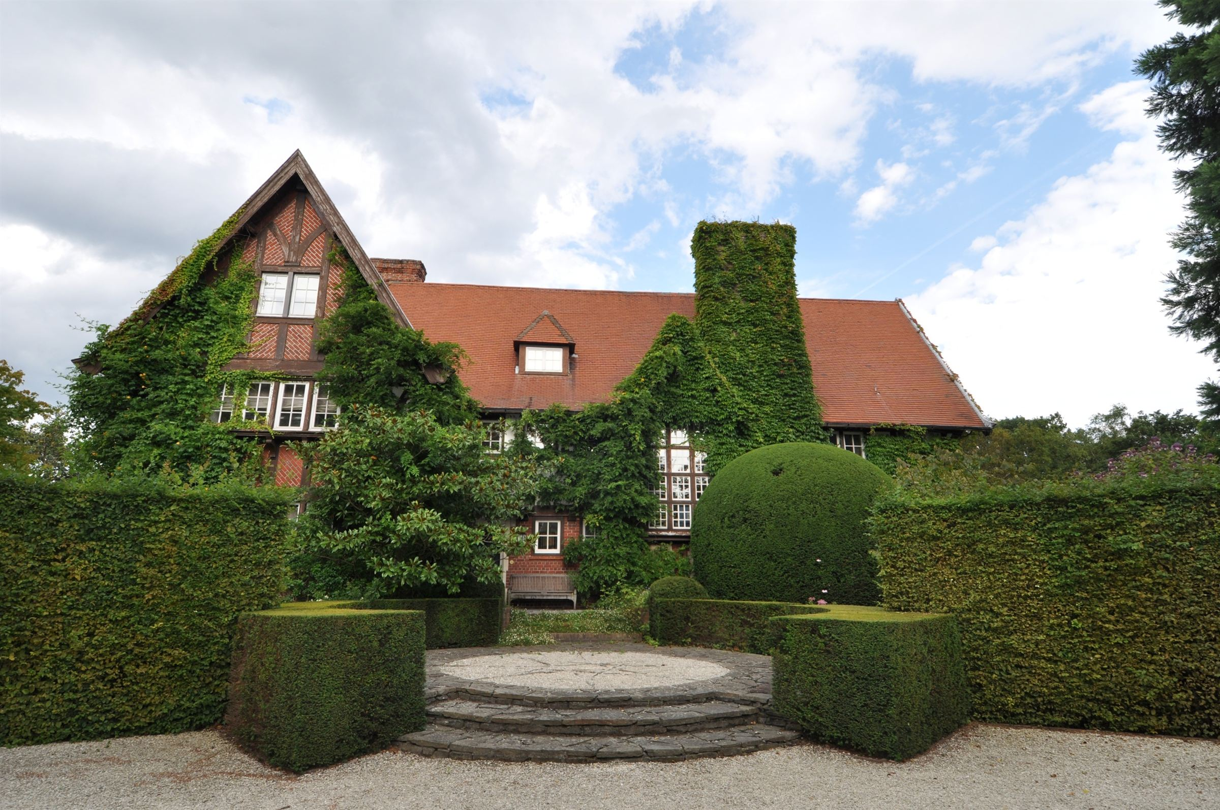 sales property at COURTRAI Belgium, Tudor style Cottage 1000 m2 hab
