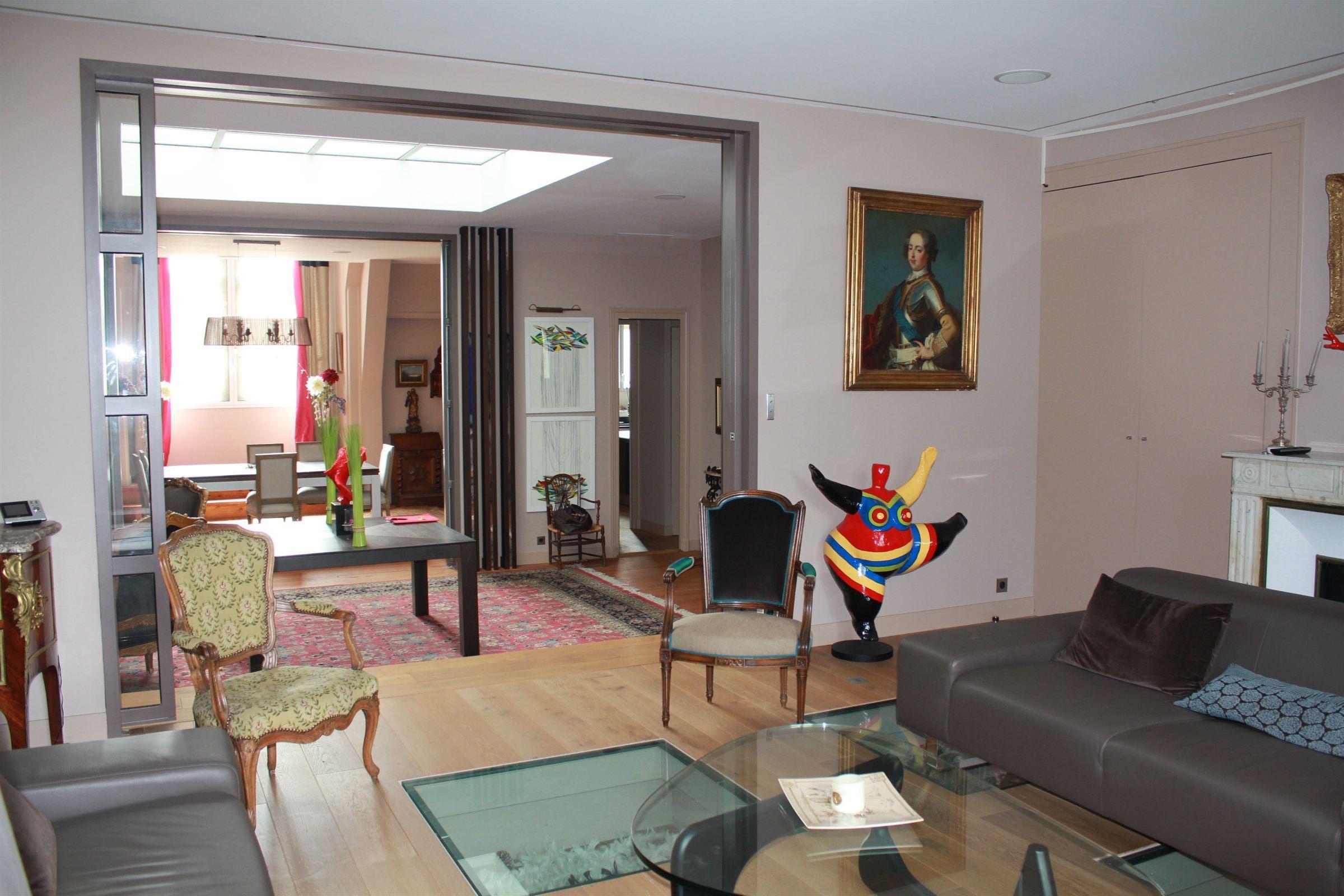 Appartement pour l Vente à BORDEAUX - PUBLIC GARDEN DISTRICT - GORGEOUS PENTHOUSE Bordeaux, Aquitaine 33000 France