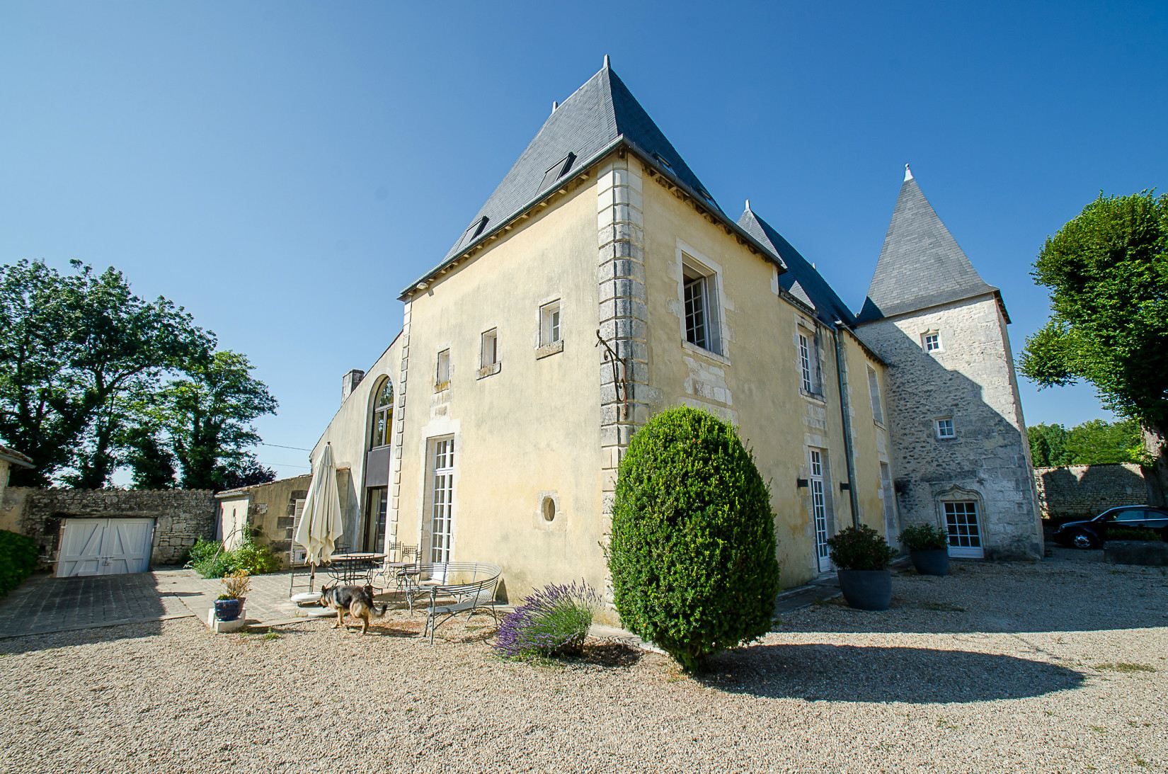 sales property at 19th century Castle with 9 hole golf course