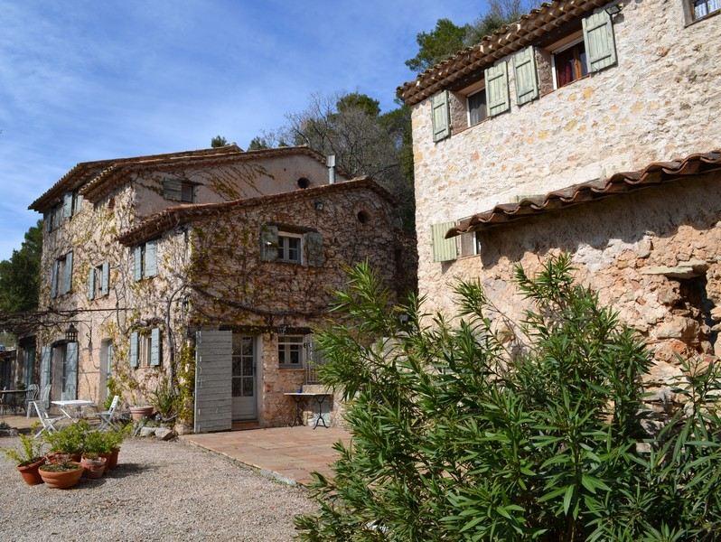 一戸建て のために 売買 アット UNIQUE PROPERTY OF 9 HA Other Provence-Alpes-Cote D'Azur, プロバンス=アルプ=コート・ダジュール, 83510 フランス