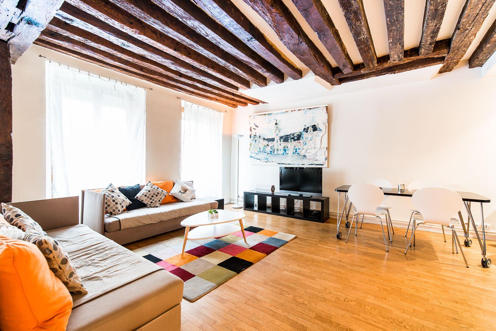 Apartamento por un Venta en Flat in Paris 06 Paris, Paris 75006 Francia