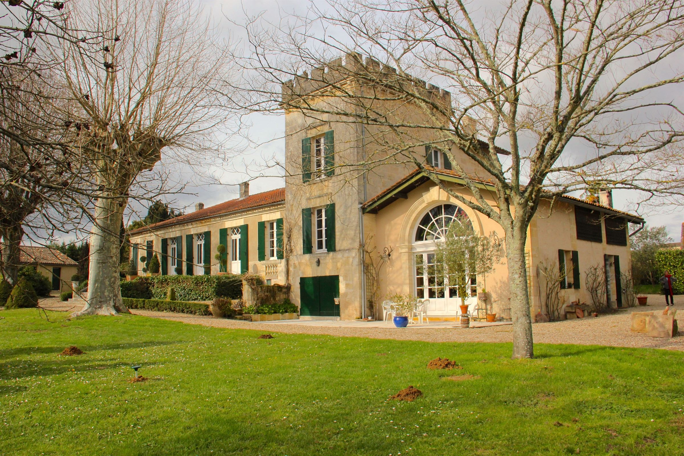 Single Family Home for Sale at BORDEAUX 40MN - 18th CENTURY MANOR OF CHARACTER Bordeaux, Aquitaine, 33000 France