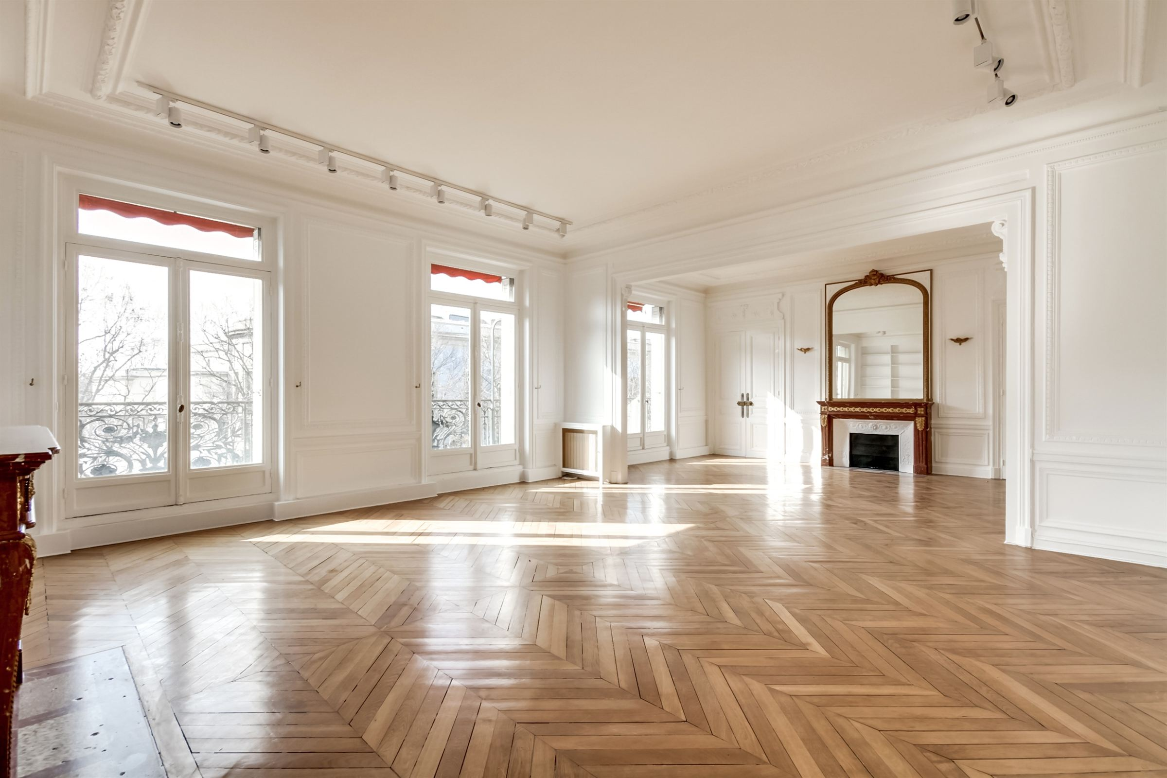 sales property at On sale lovely apartment with Eiffel Tower view in Paris 16 - Galliera Museum