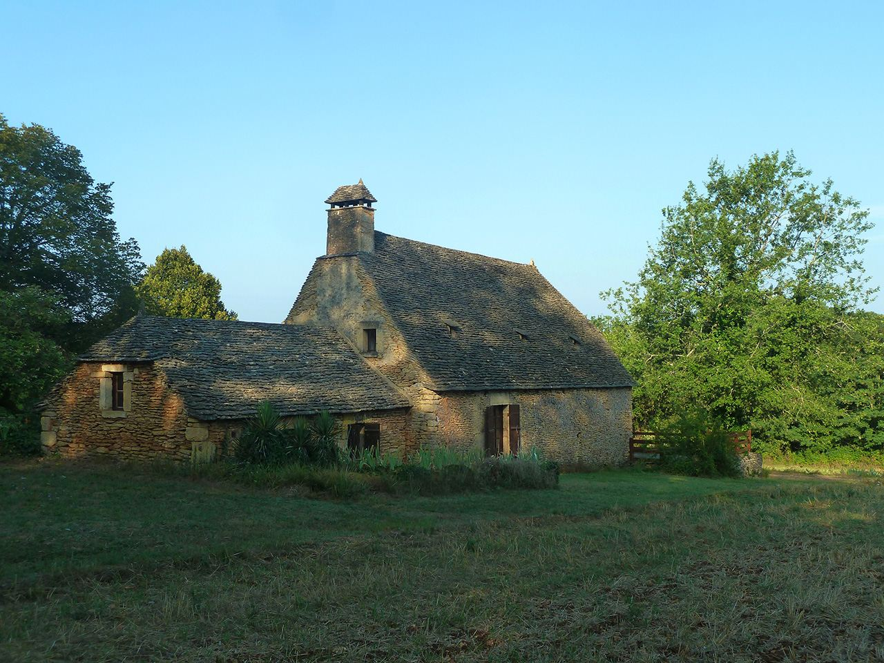 Property For Sale at Typical ancient house in Périgord