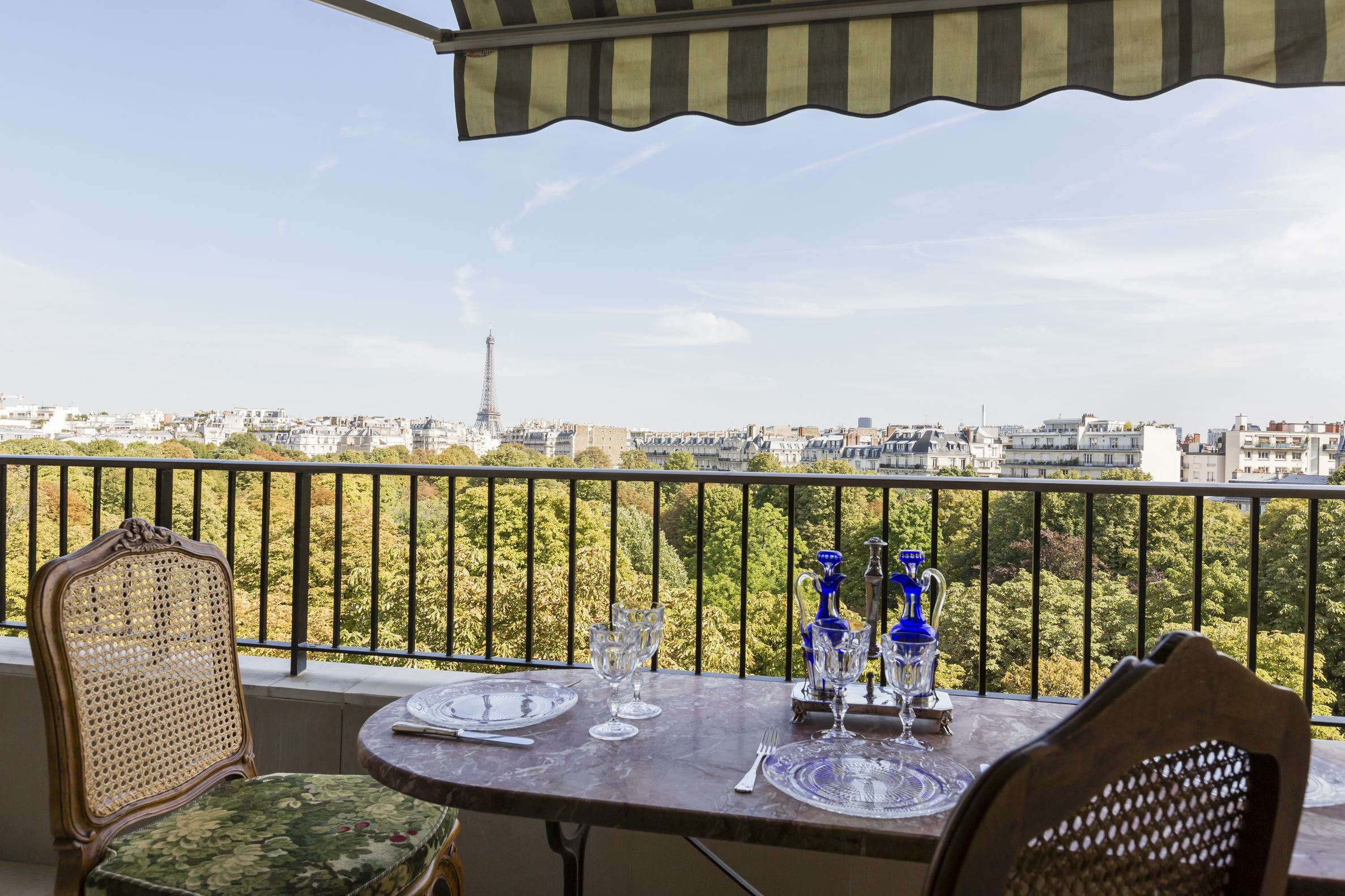 sales property at Paris 16 - Ranelagh - Apartment with balcony and panoramic view