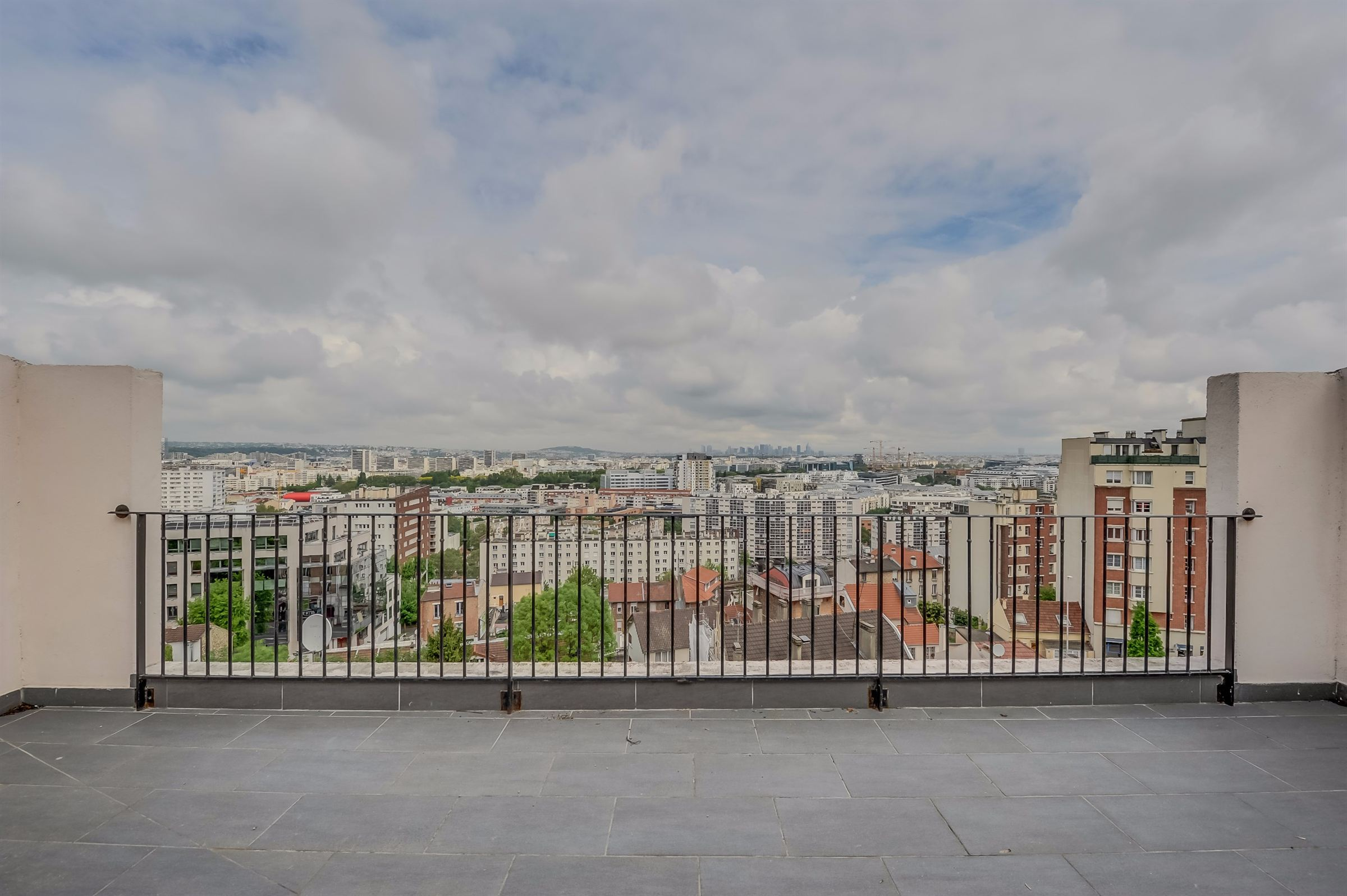 sales property at House for sale, exceptional view, Issy Les Moulineaux, 3 bedrooms