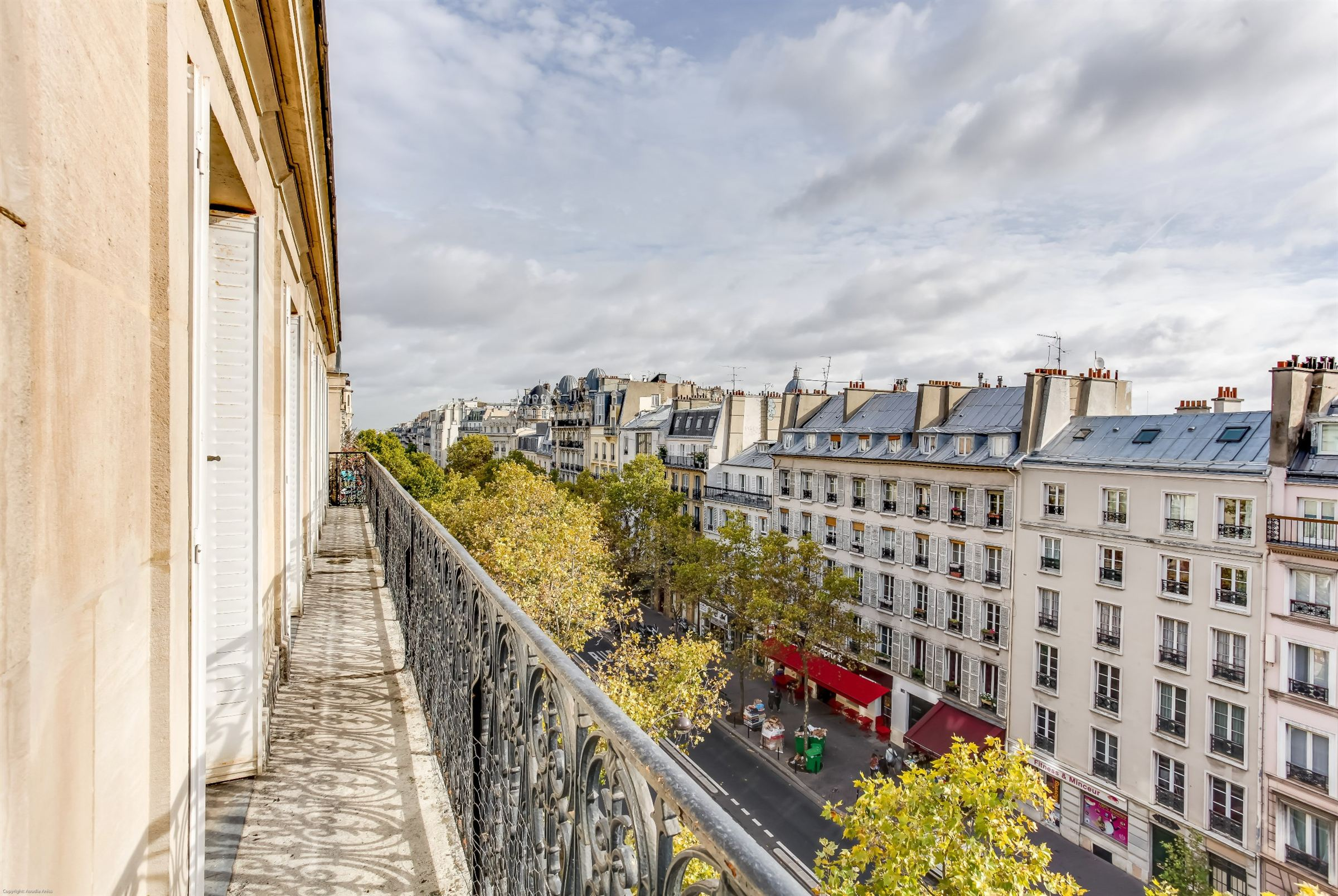sales property at A 127 sq.m apartment for sale Paris 6 - Rive Gauche, 3 bedrooms