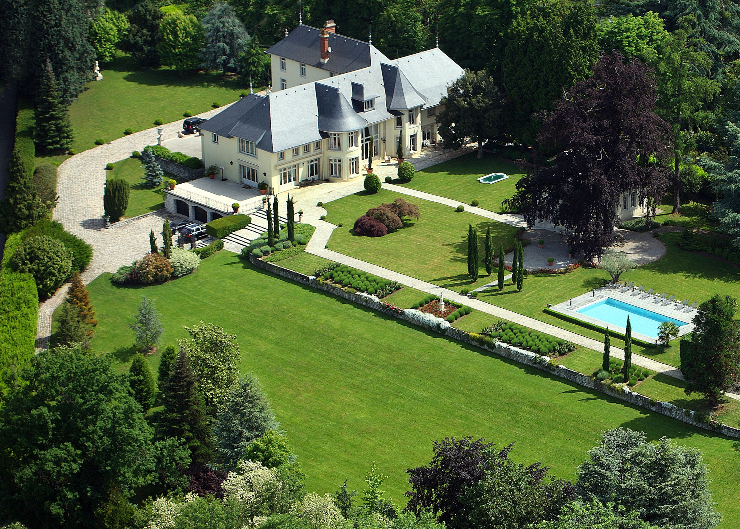 Vivienda unifamiliar por un Venta en One-of-a-kind chateau in Savoy, with outbuildings and incredible view Other Rhone-Alpes, Ródano-Alpes, 73100 Francia