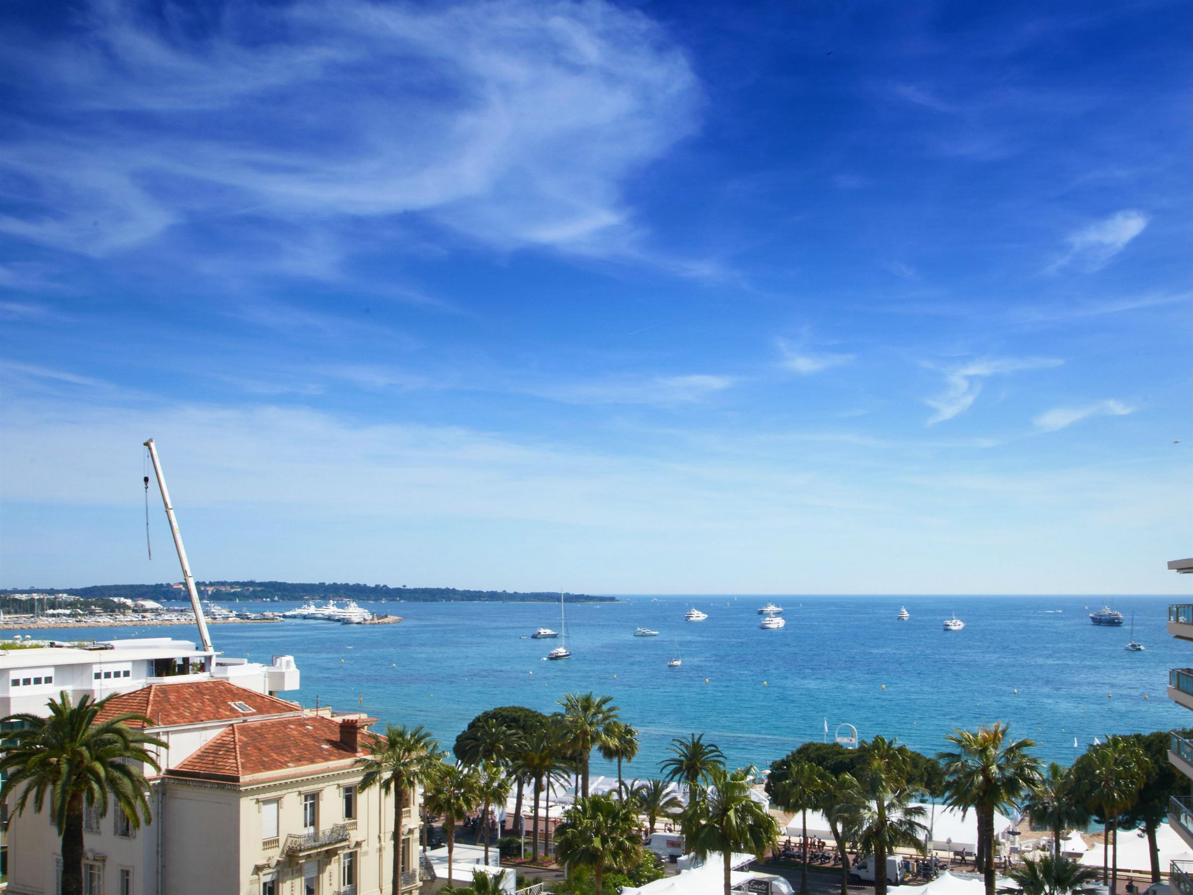 Apartment for Sale at La Croisette - 4 bedroomed apartment with amazing sea views Cannes, Provence-Alpes-Cote D'Azur, 06400 France
