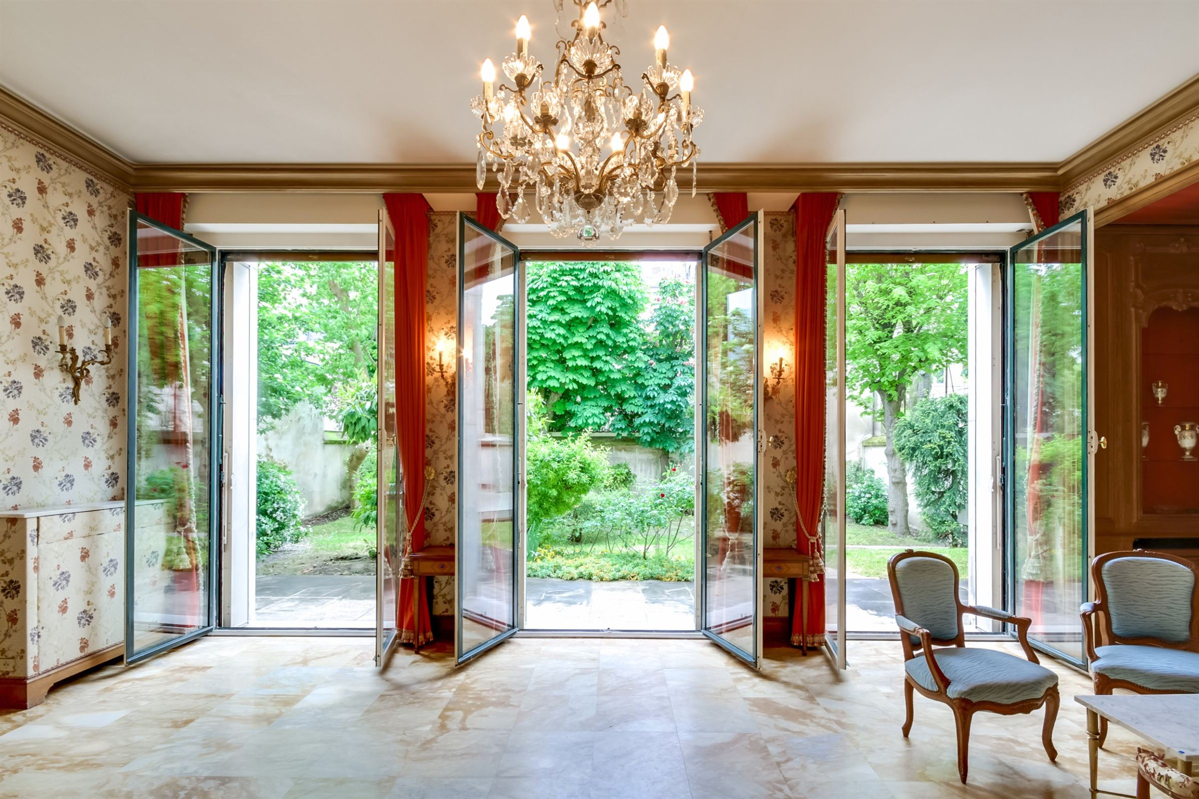 sales property at Private Mansion for sale, Neuilly - Sablons, 7 bedrooms