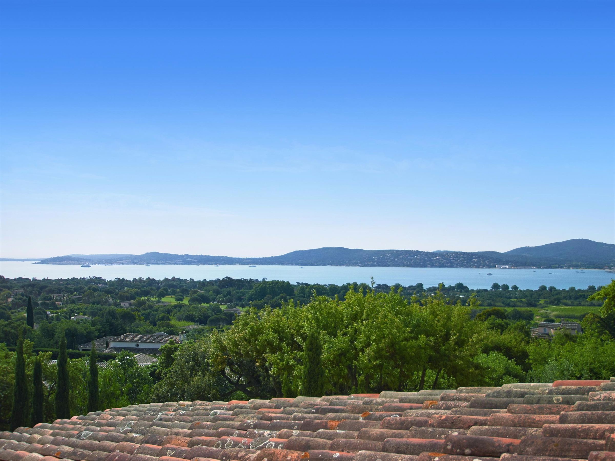 Single Family Home for Sale at Contemporary villa, panoramic sea views - co exclusive Grimaud, Provence-Alpes-Cote D'Azur, 83310 France