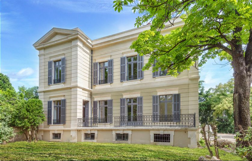 sales property at PRESTIGIOUS ESTATE - MONTPELLIER