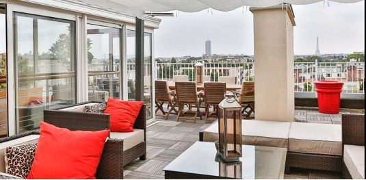 Property For Sale at Neuilly - Chateau. Penthouse of 107 sq.m + terrace of 140 sq.m