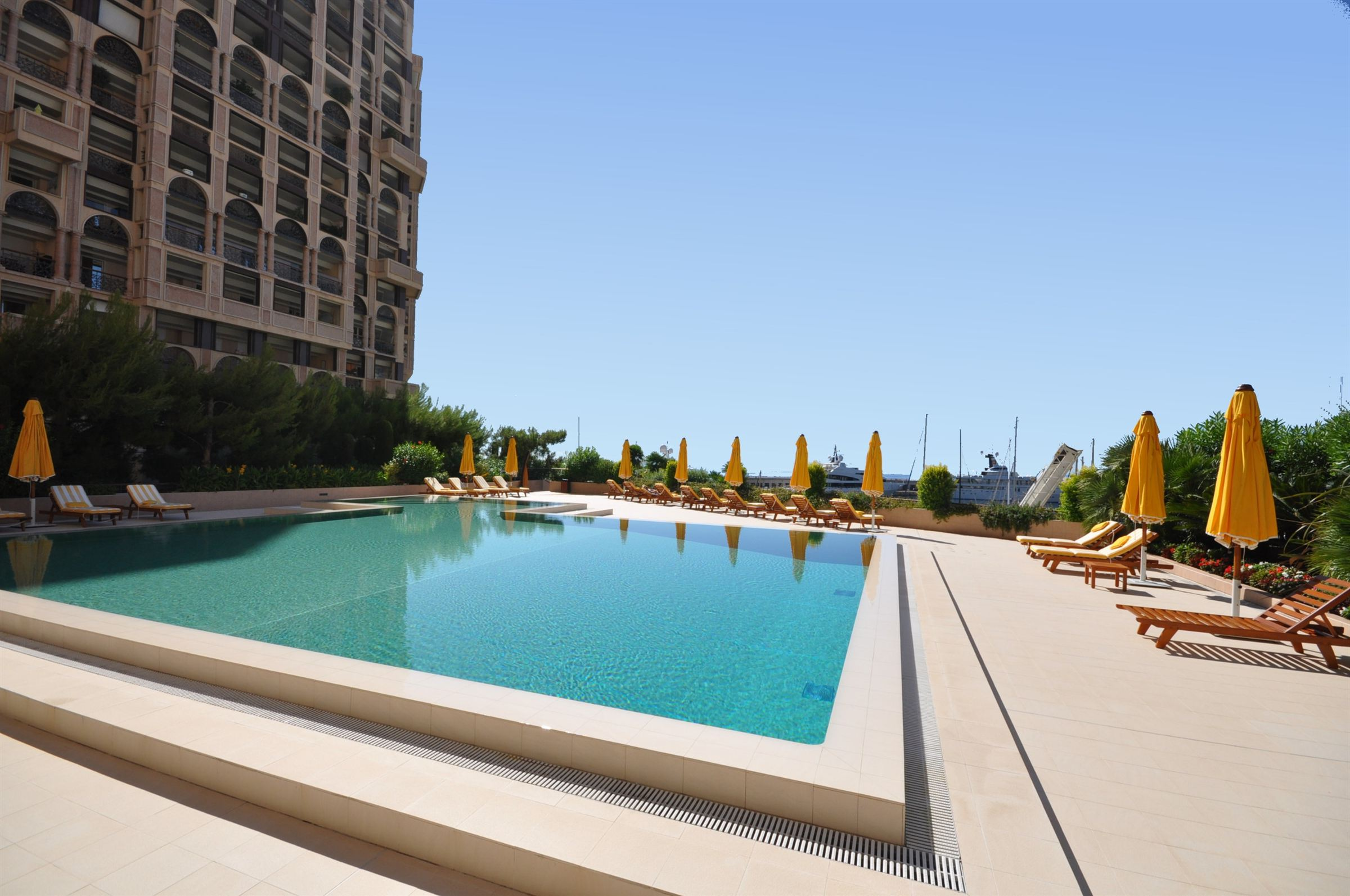 Apartamento para Venda às Magnificent apartment - Views on Cap d'Ail's Port Other Monaco, Other Areas In Monaco, 98000 Mônaco