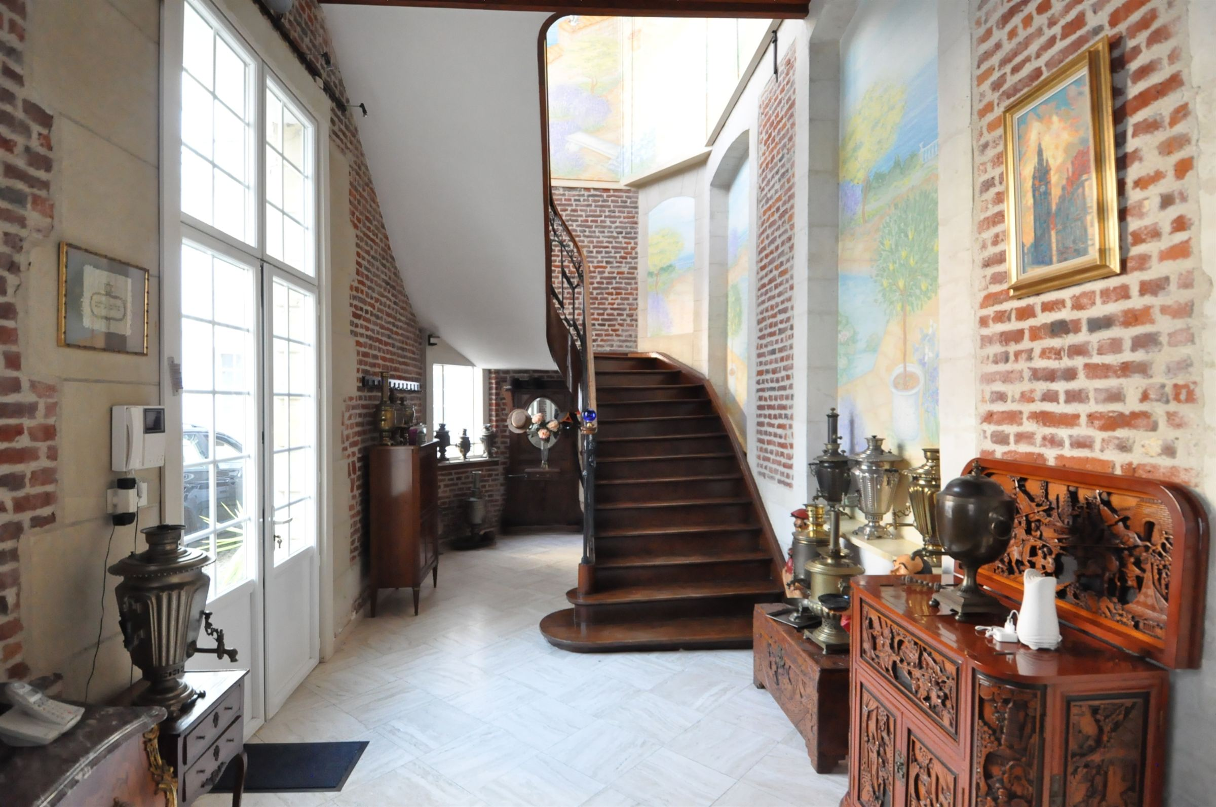 Property For Sale at DOUAI Center, Mansion 1,800 m² hab. 13 hp