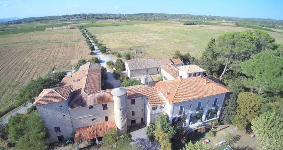 Single Family Home for Sale at VINEYARD PROPERTY Nimes, Languedoc-Roussillon 30000 France