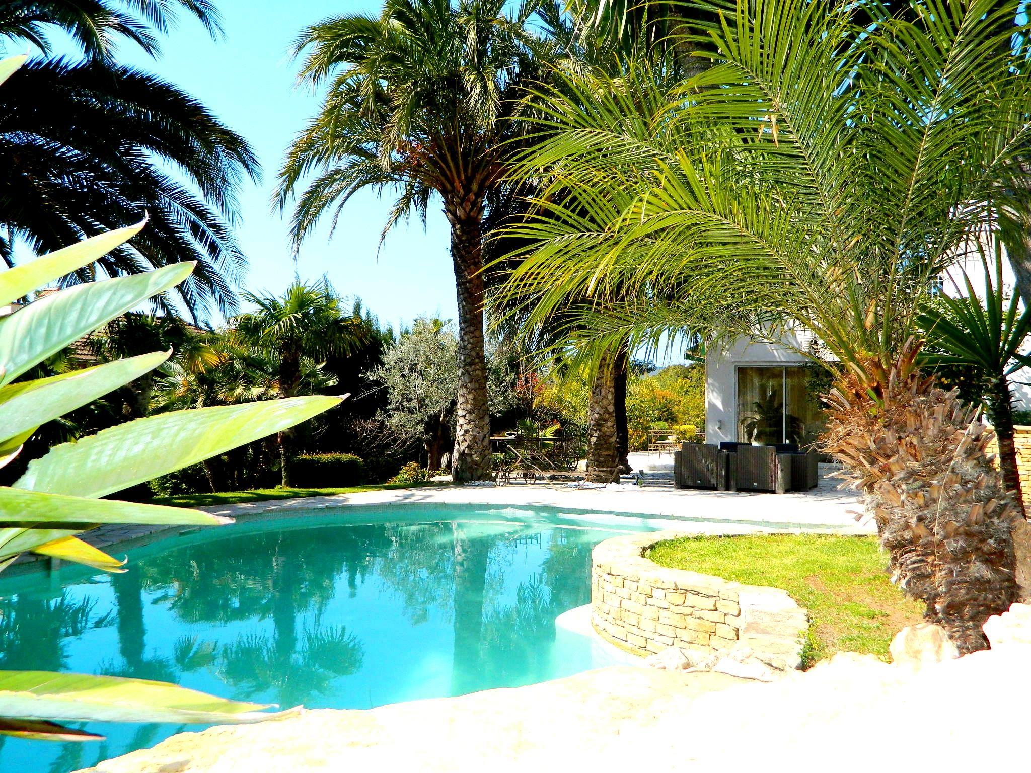 sales property at BELLE CONTEMPORAINE 430M²