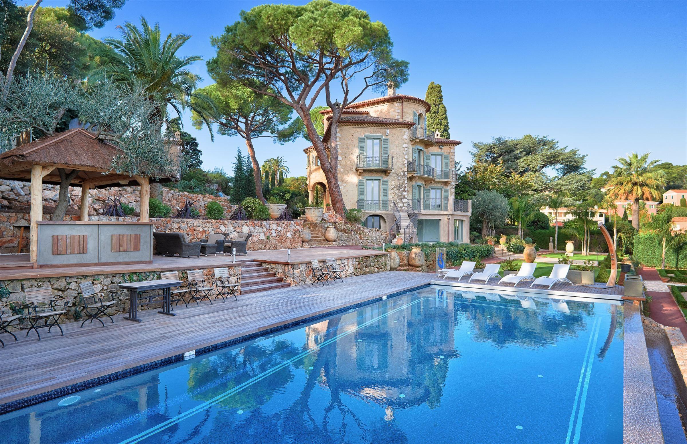 Single Family Home for Sale at Château Cima Villefranche Sur Mer, Provence-Alpes-Cote D'Azur, 06230 France