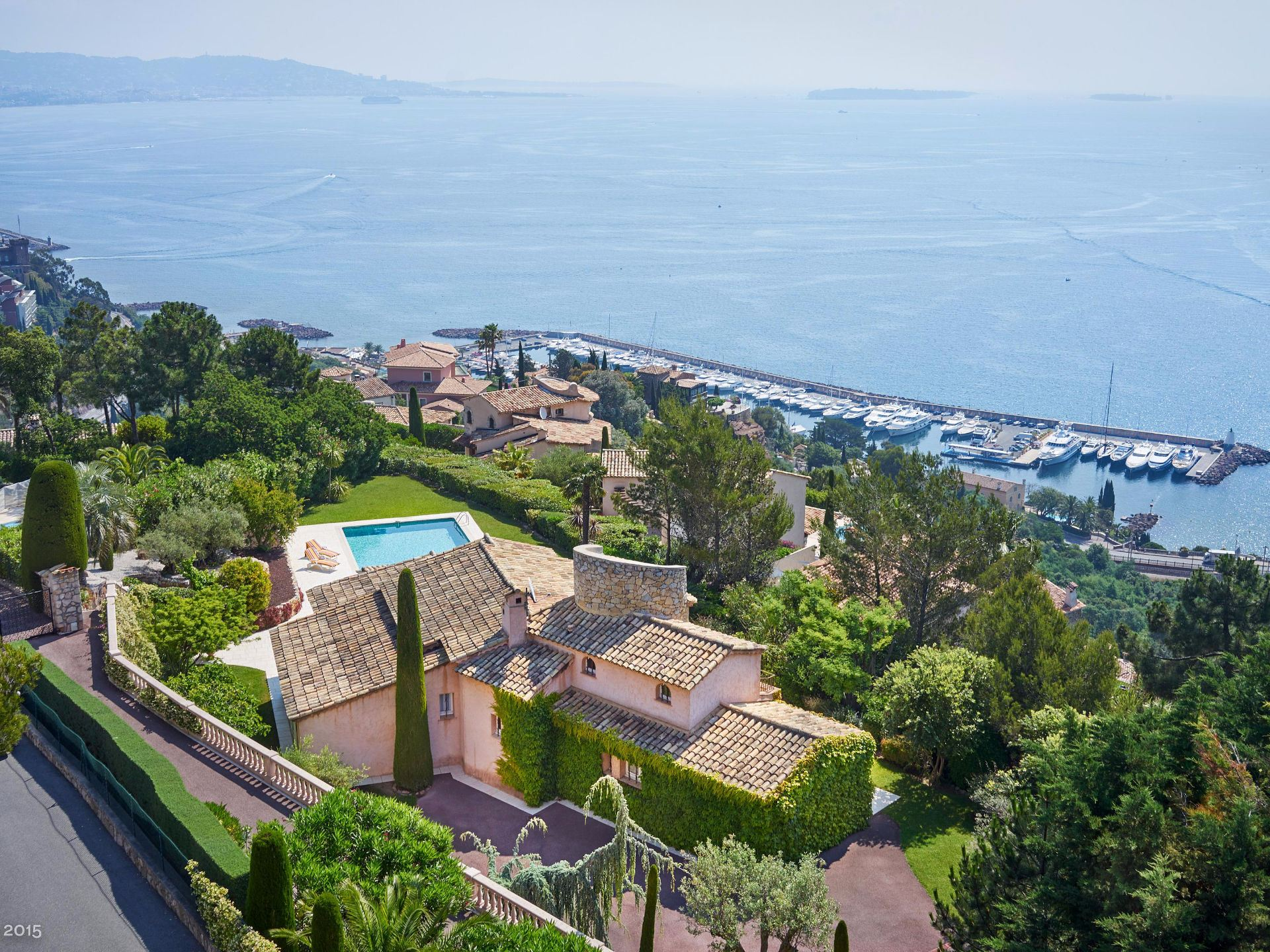 Single Family Home for Sale at Sole agents - Provençal house with panoramic sea views Theoule Sur Mer, Provence-Alpes-Cote D'Azur, 06590 France