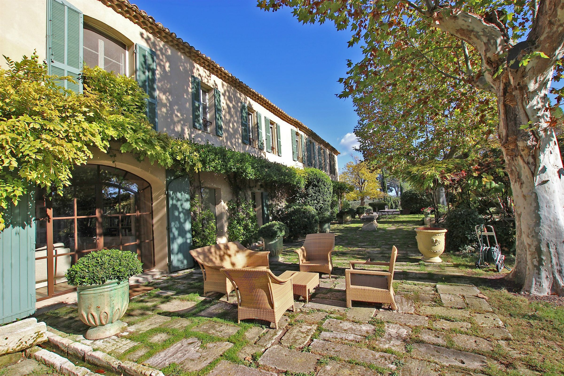 sales property at Impressive and authentic 17th century farmhouse on 30 hectares