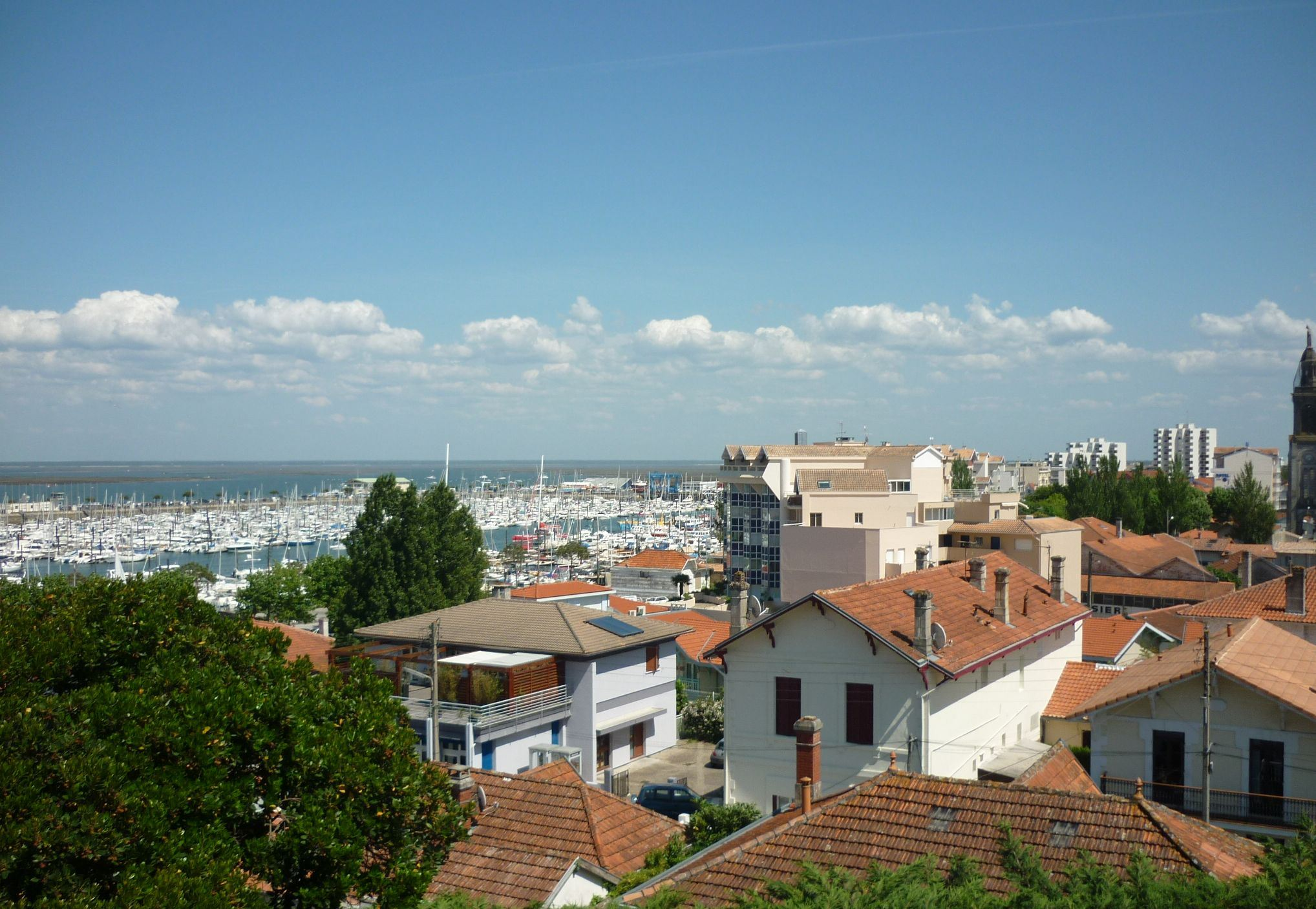 sales property at ARCACHON- NICE AND CONFORTABLE VILLA WITH VIEW ON THE MARINA