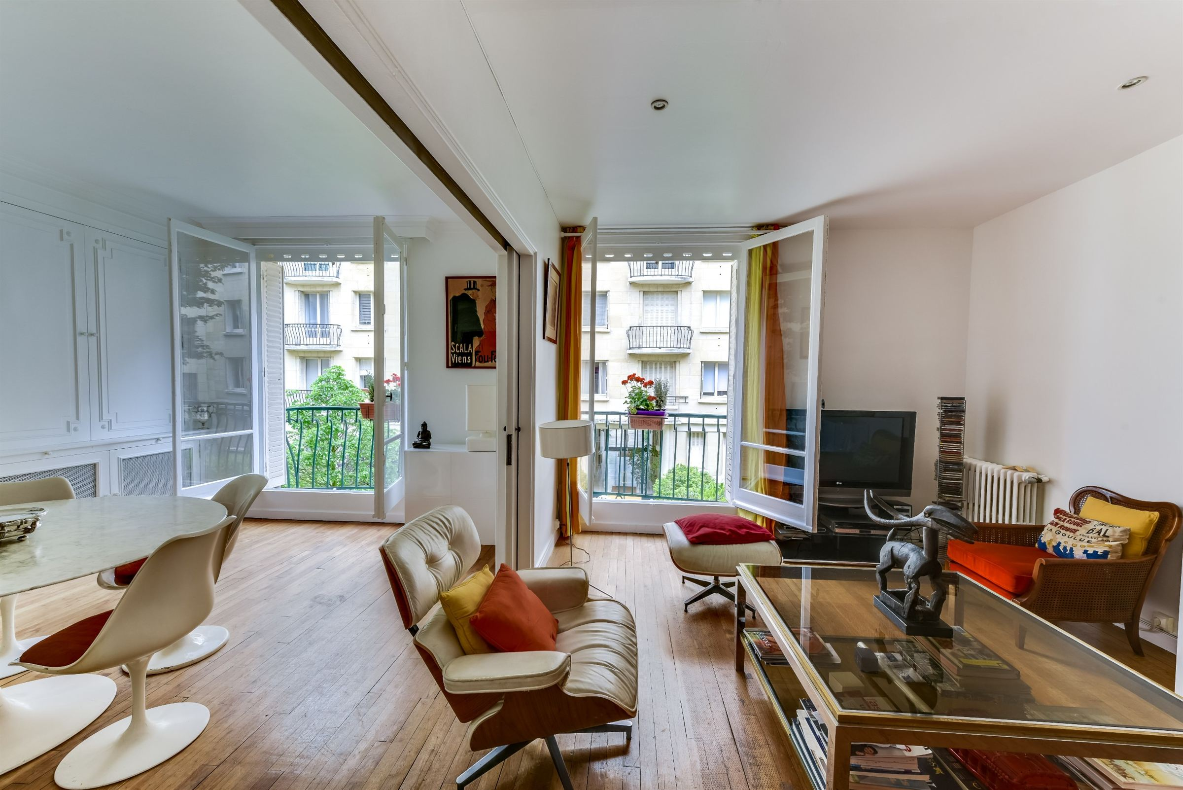 sales property at A 94 sq.m apartment for sale, sole agent, Neuilly - Jean Mermoz, 2 bedrooms