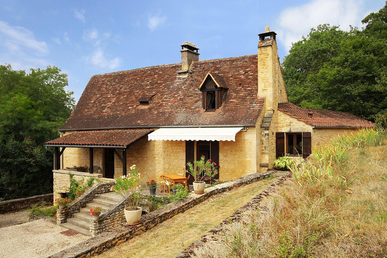 Property For Sale at Near Sarlat and Château de Fénélon