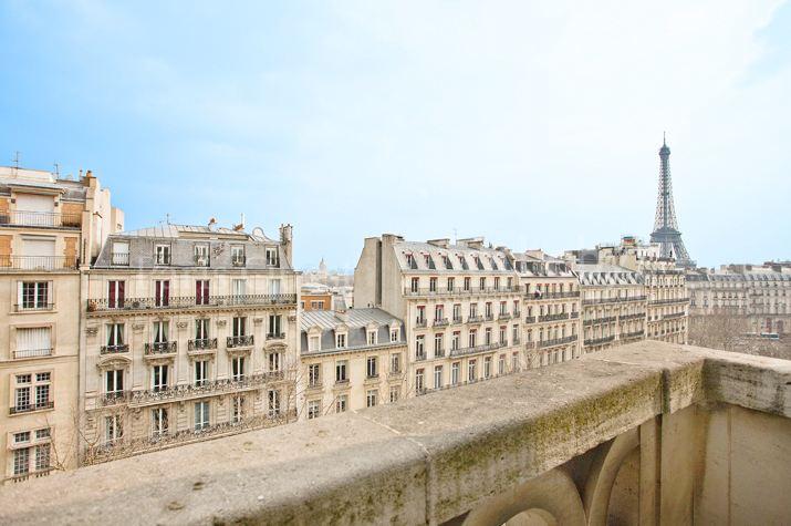 sales property at On sale superb duplex Eiiffel Tower and Invalides view Paris 16 Iéna