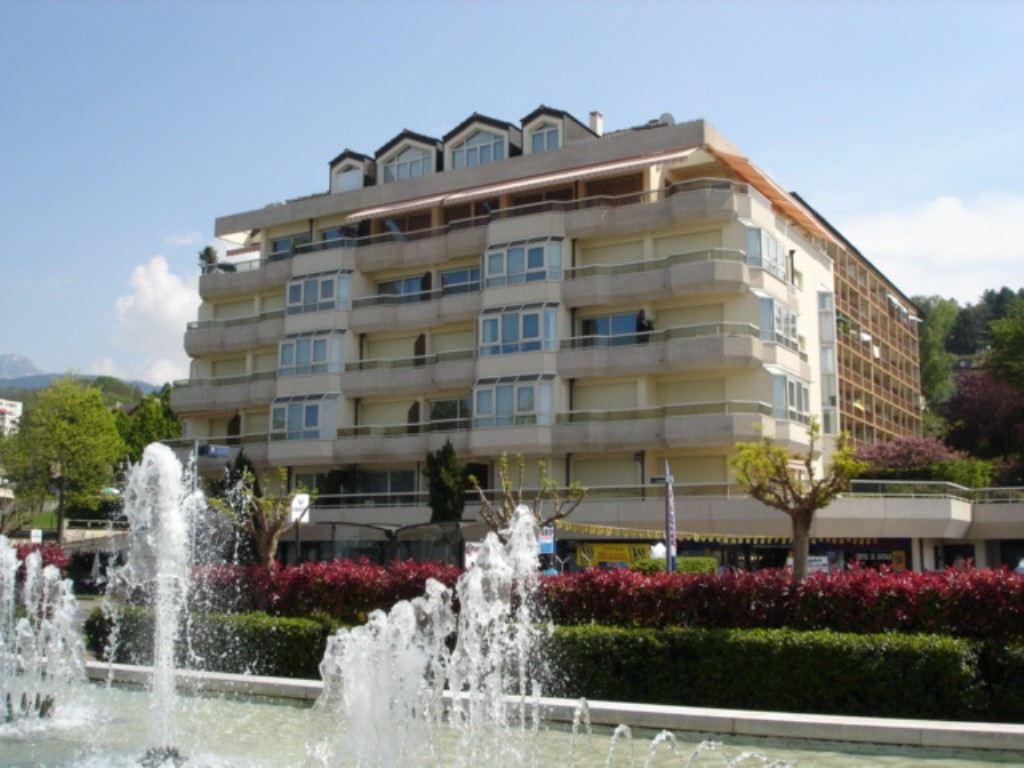 sales property at Magnifique PENTHOUSE en plein coeur d'Evian de 340 m2 Habitable
