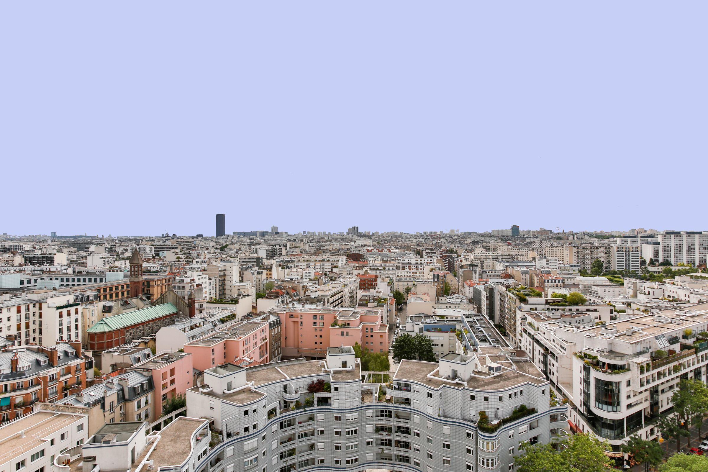 Apartamento para Venda às Paris 15 - Front de Seine. Sole Agent. A 48 sq.m apartment + balcony. Paris, Paris 75015 França