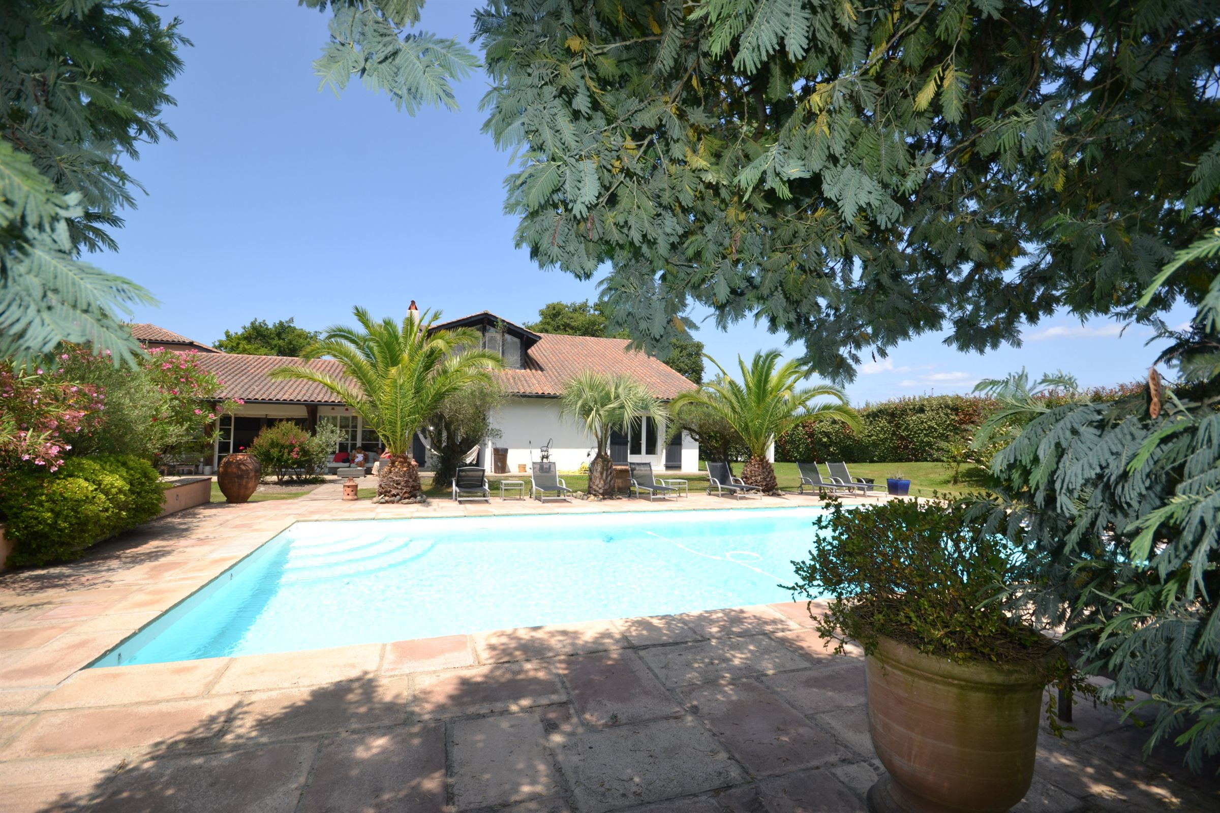 Property For Sale at ARCANGUES
