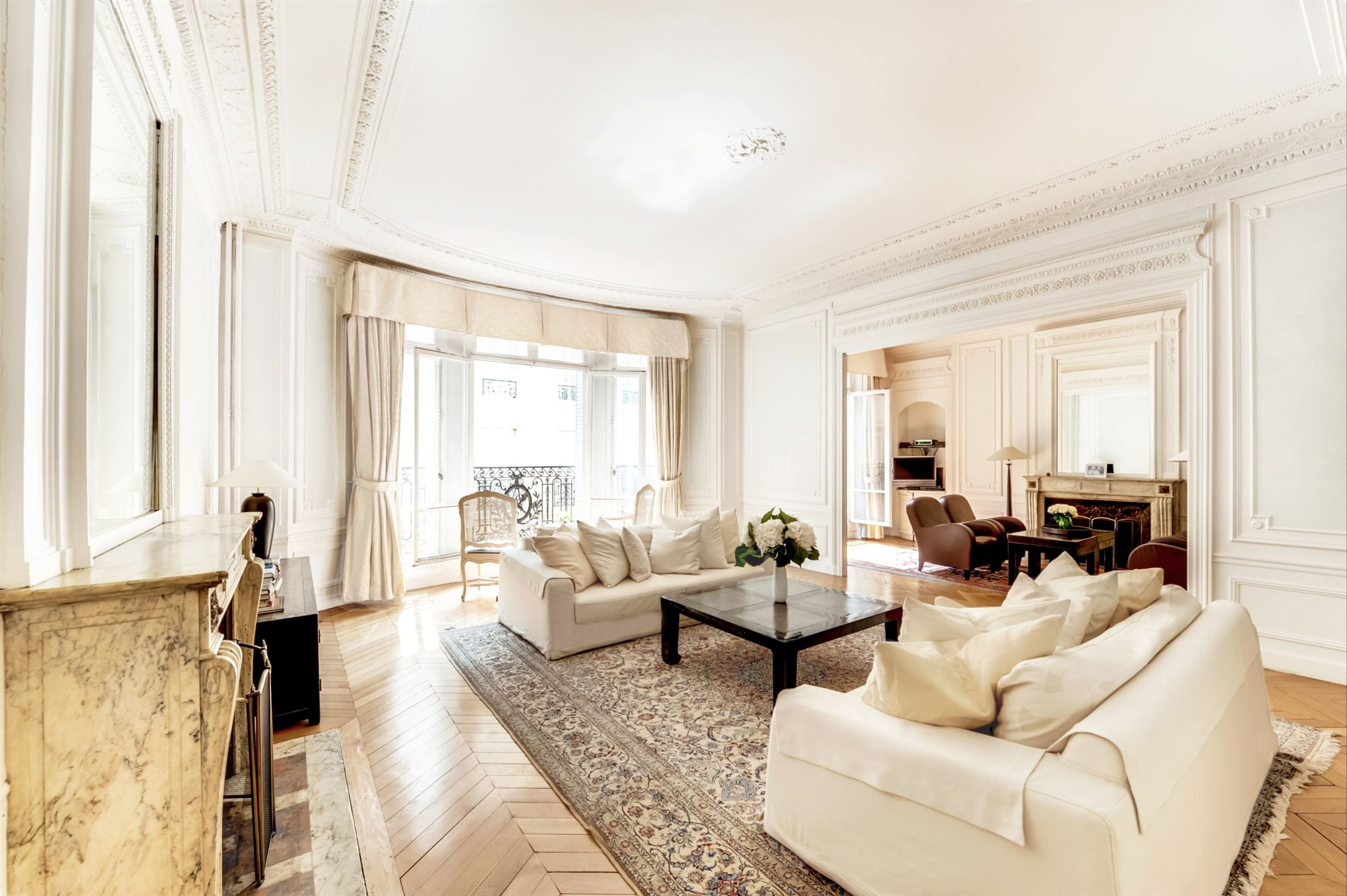 sales property at For sale apartment, Sole Agent in Paris 16th - Victor Hugo  Pompe