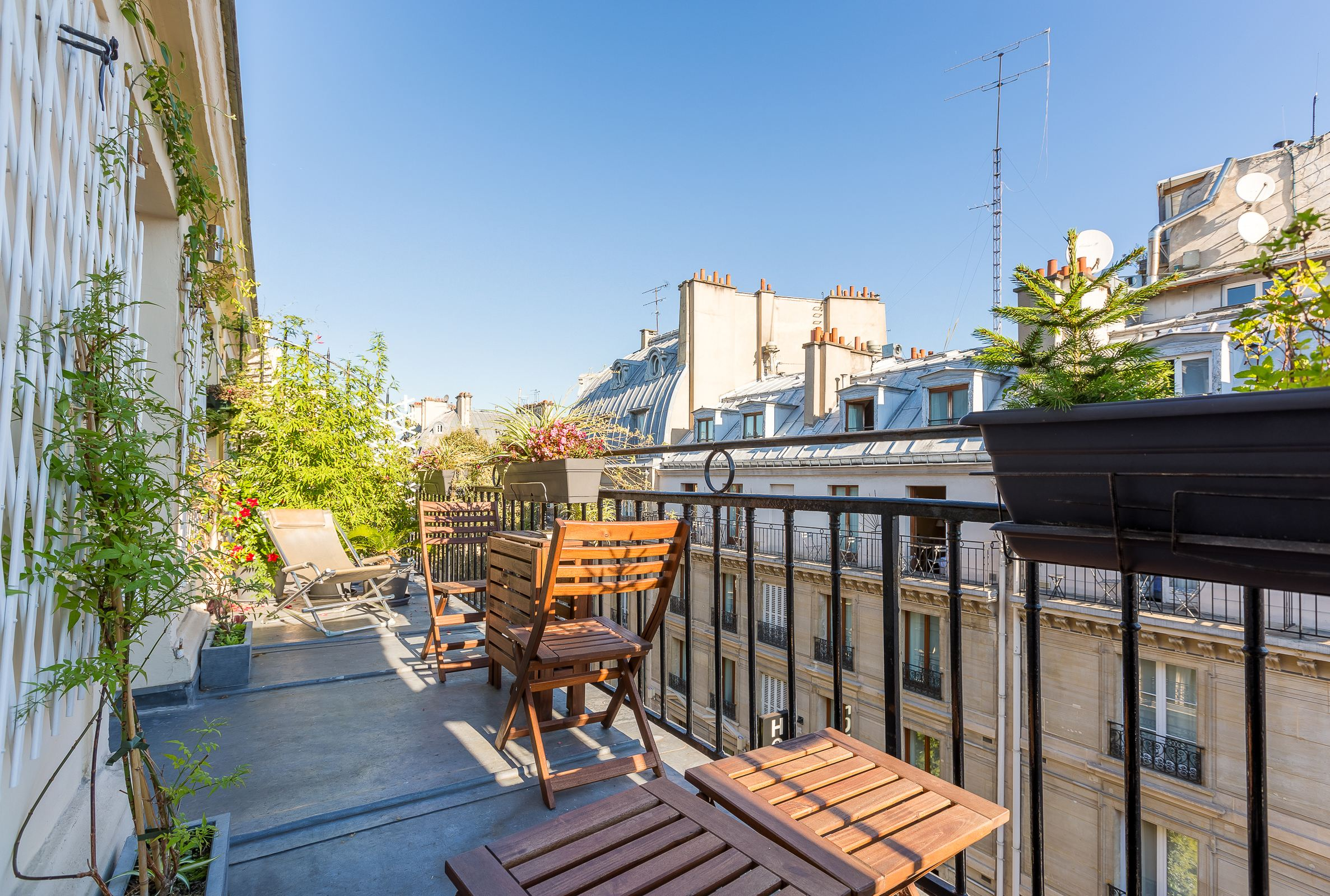 sales property at Paris 5 - SAINT MICHEL APARTMENT WITH TERRACE AND VIEWS
