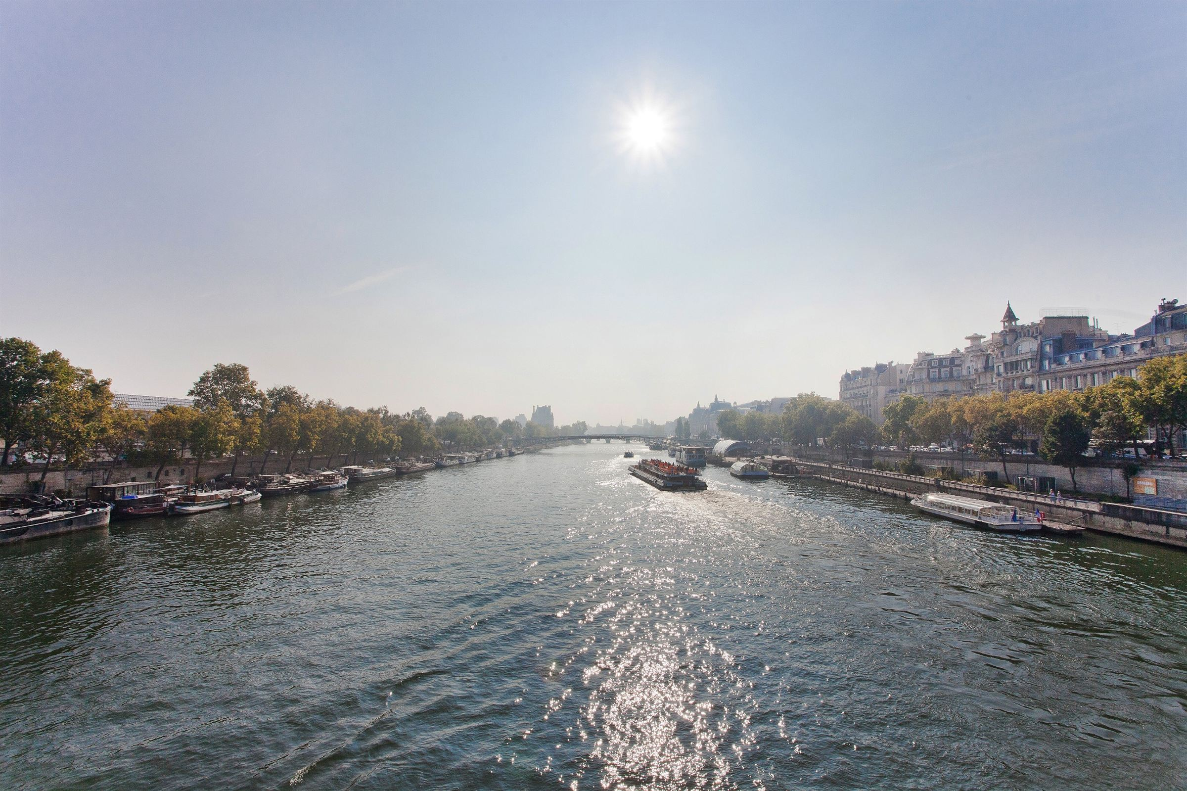 Квартира для того Продажа на Paris 7 - Anatole France. Apartment 325 sq.m., sumptuous, view over the Seine Paris, Париж 75007 Франция