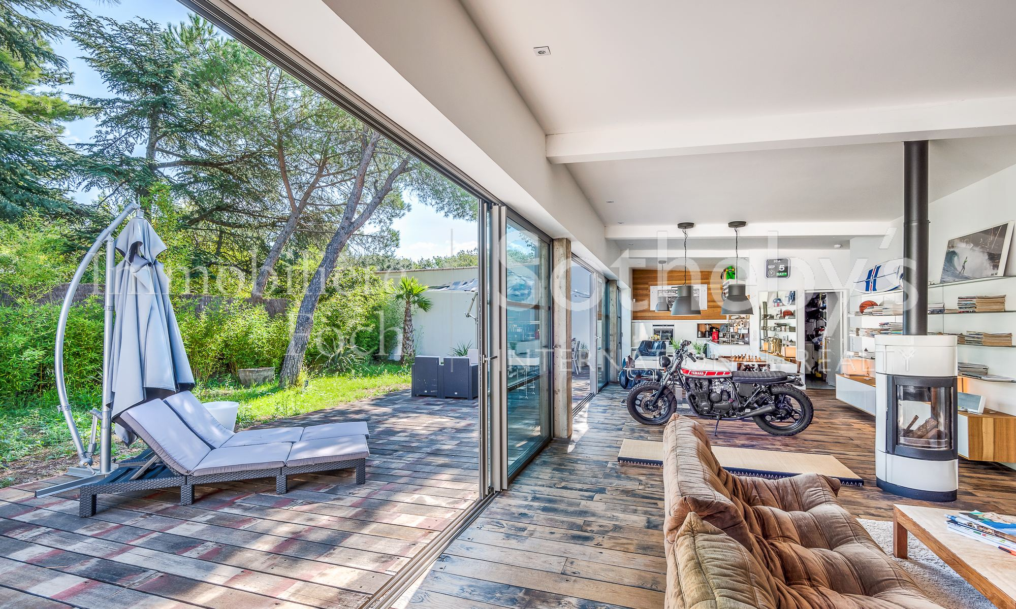 Single Family Home for Sale at Contemporary Villa - Montpellier Other Languedoc-Roussillon, Languedoc-Roussillon 34430 France