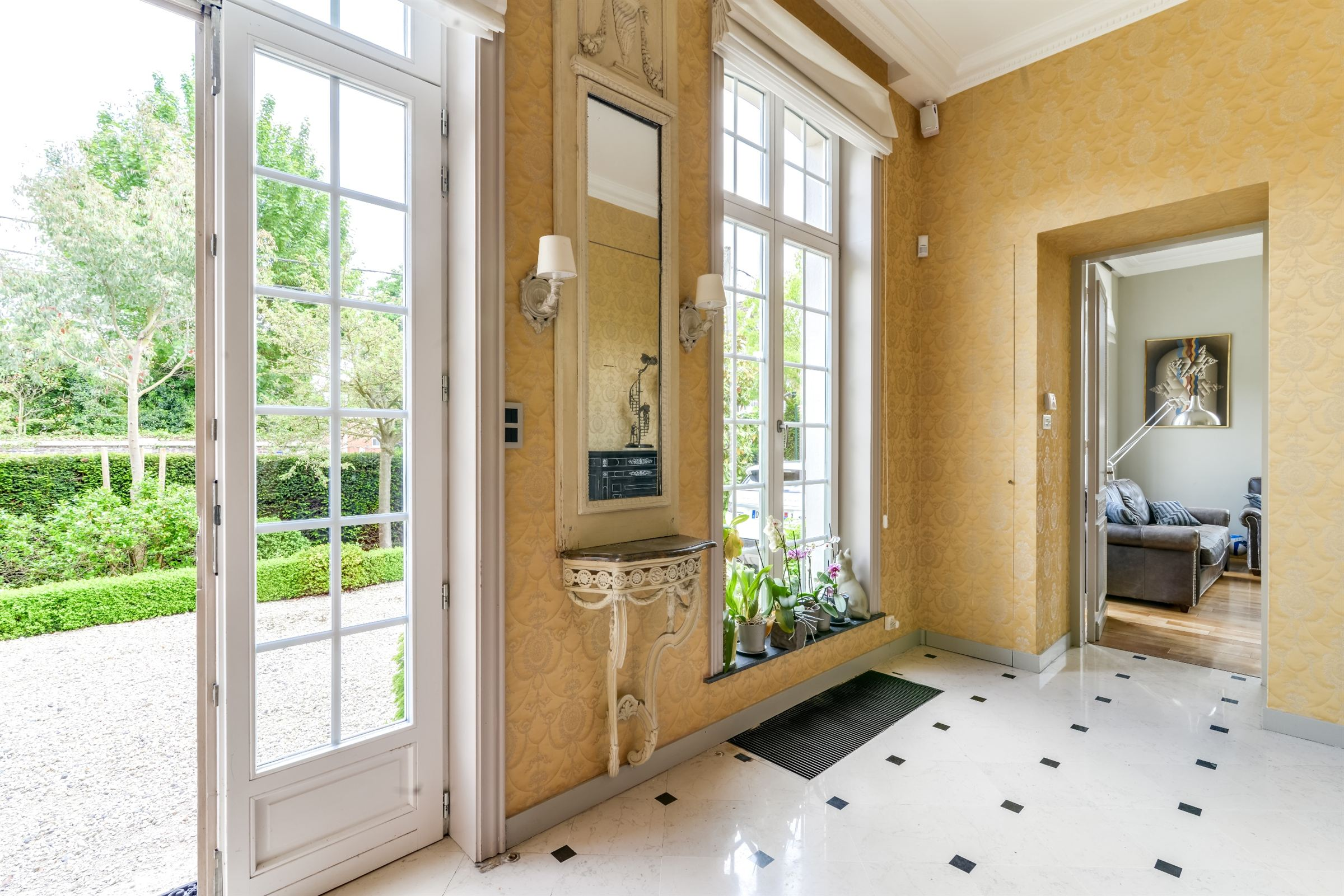 sales property at LA MADELEINE, Rare Mansion 405 m² hab. 6 ch