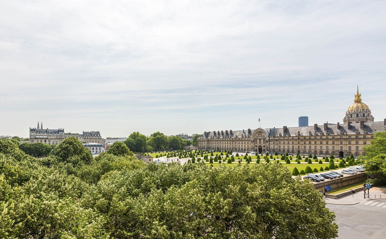 sales property at Apartment open view Invalides