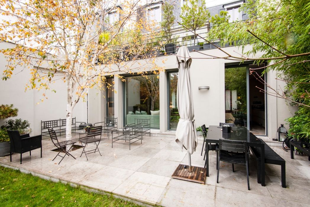 sales property at Properties with garden and terrace - Boulogne-Billancourt