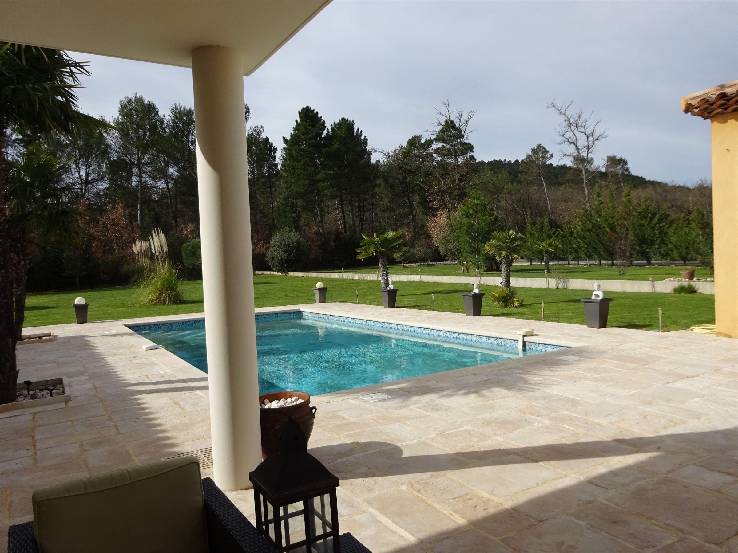 Nhà ở một gia đình vì Bán tại NANS LES PINS Other Provence-Alpes-Cote D'Azur, Provence-Alpes-Cote D'Azur, 13100 Pháp
