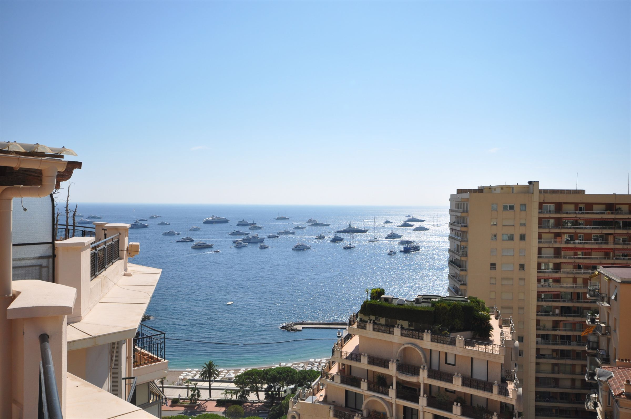 Duplex for Sale at Renovated Duplex roof for sale - Superb sea views. Other Monaco, Other Areas In Monaco, 98000 Monaco