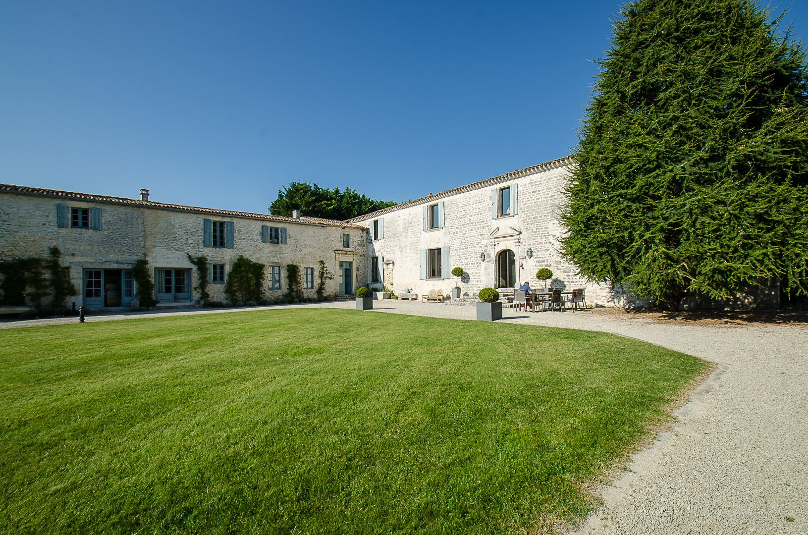 Property For Sale at LOGIS - LE SEUDRE