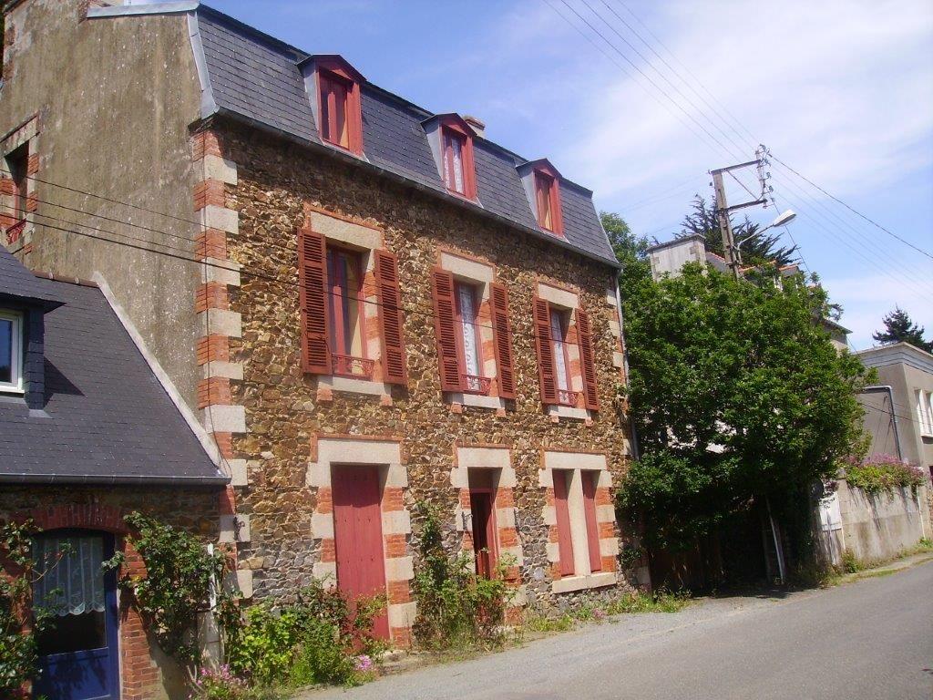 Villa per Vendita alle ore Prosperous house Other Brittany, Bretagna 22580 Francia