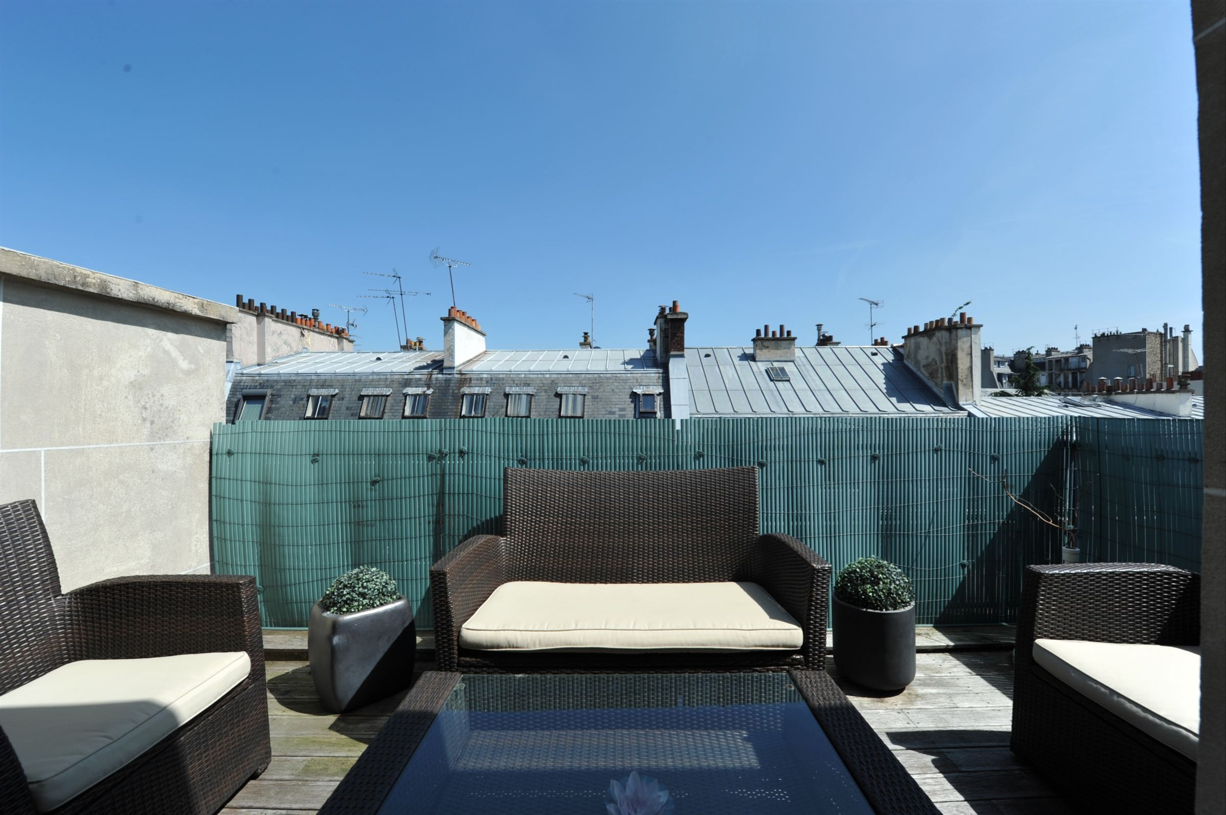 sales property at Apartment with terraces for sale, sole agent in Neuilly-sur-Seine - Église